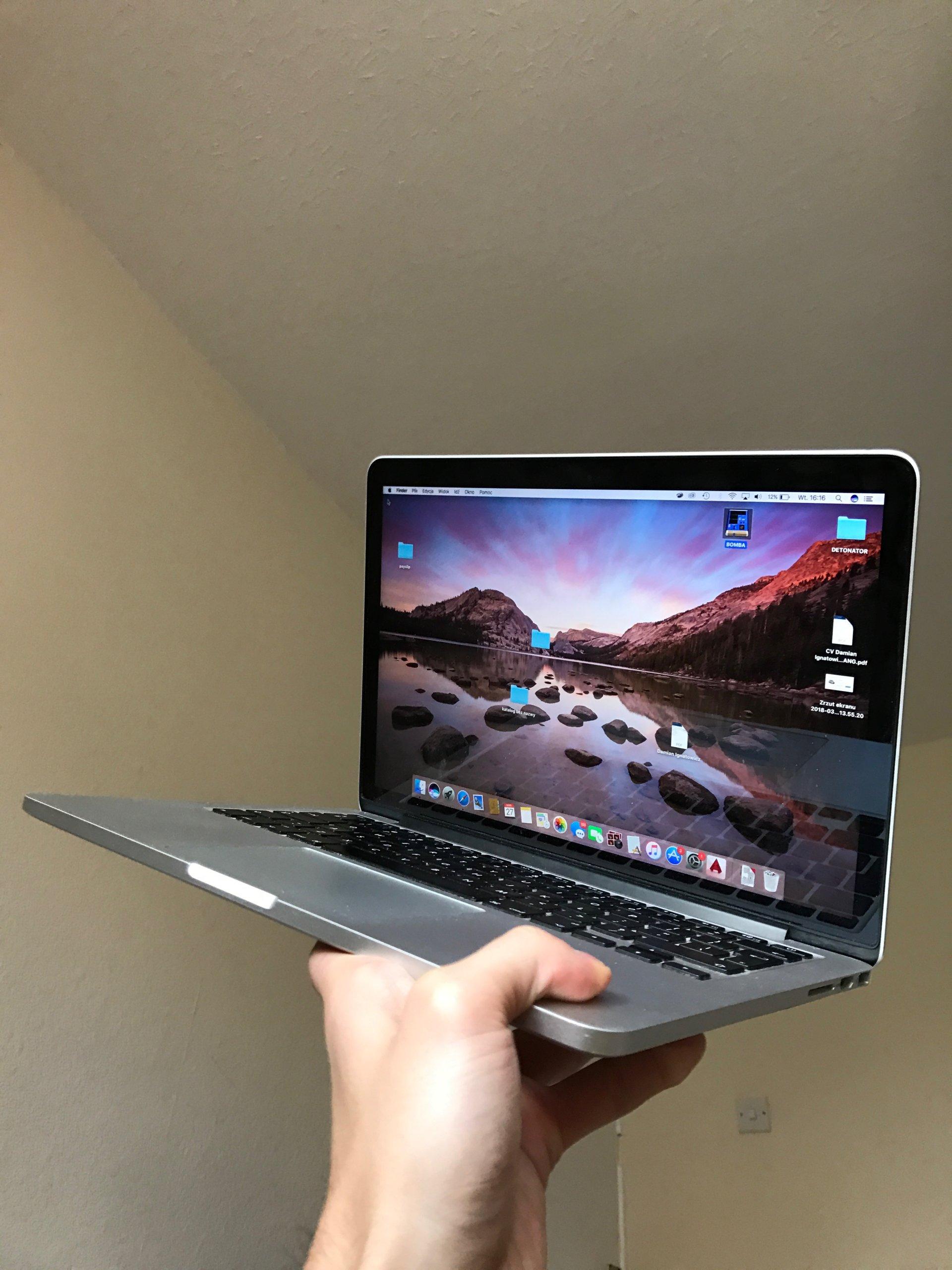 Macbookbook pro 13'' Retina 4GB, 240GB , Late 2013