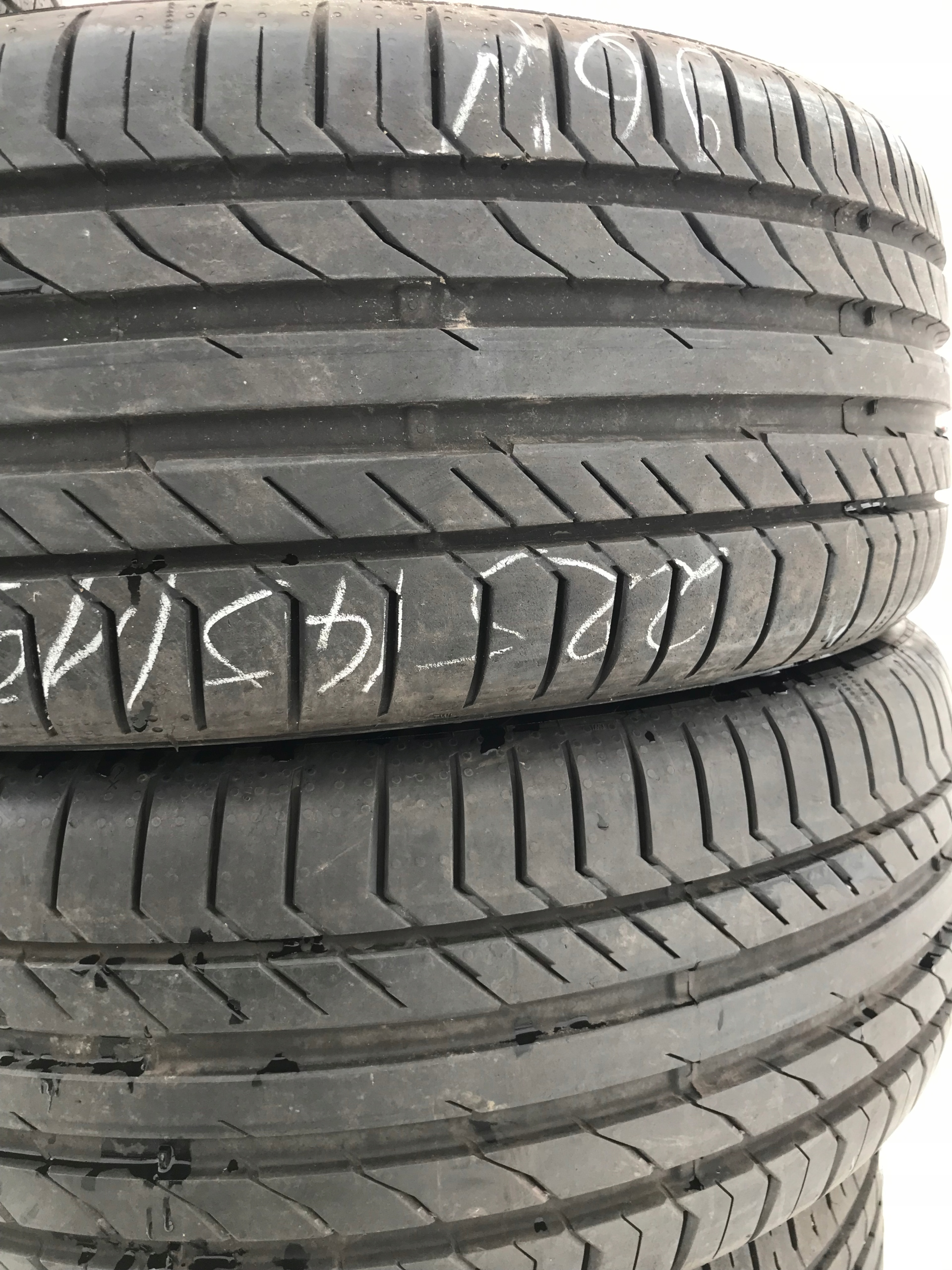 2254519 Continental ContiSportContact 8 m 18 r