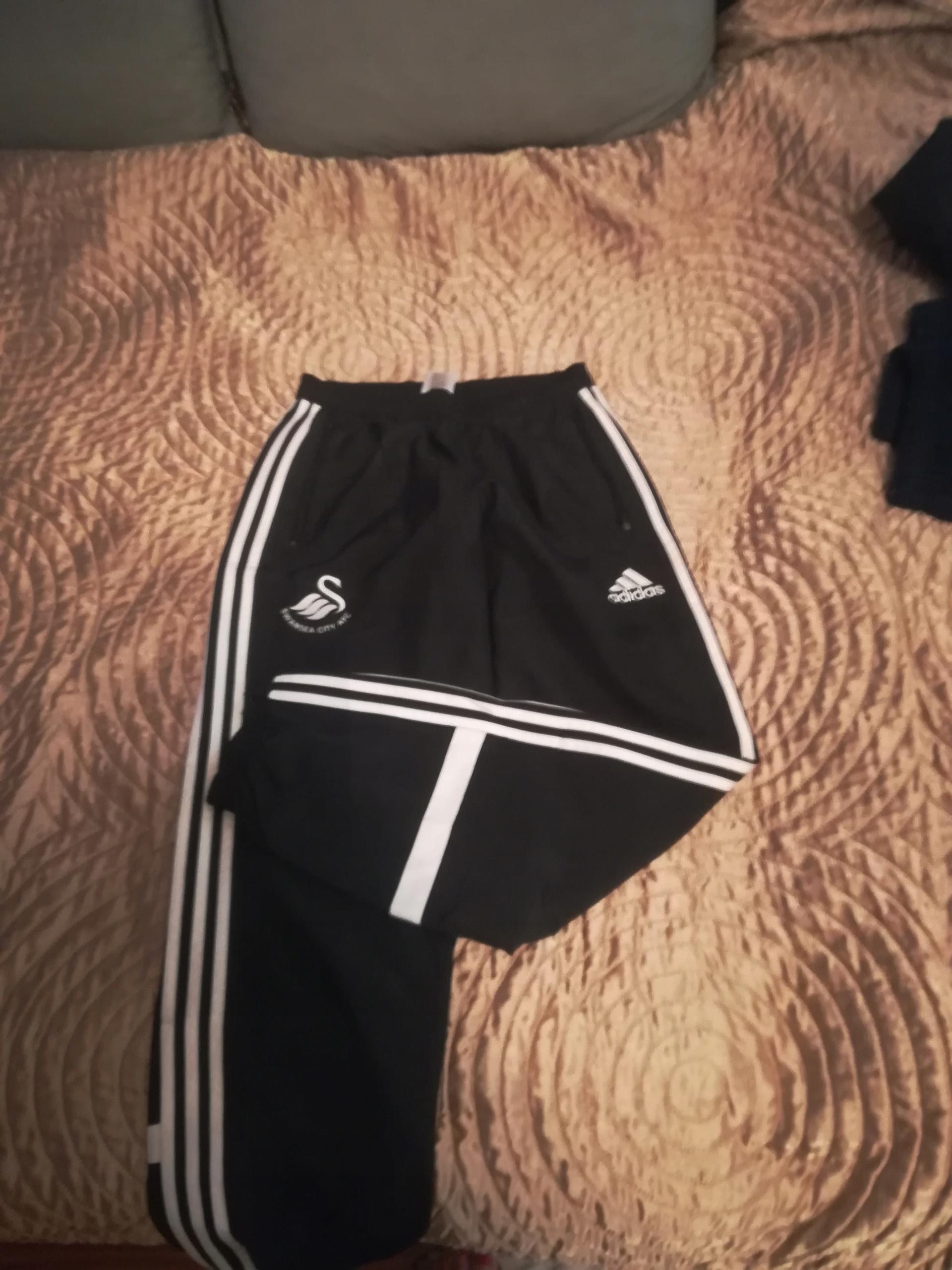 Spodnie dresowe Adidas, Swansea