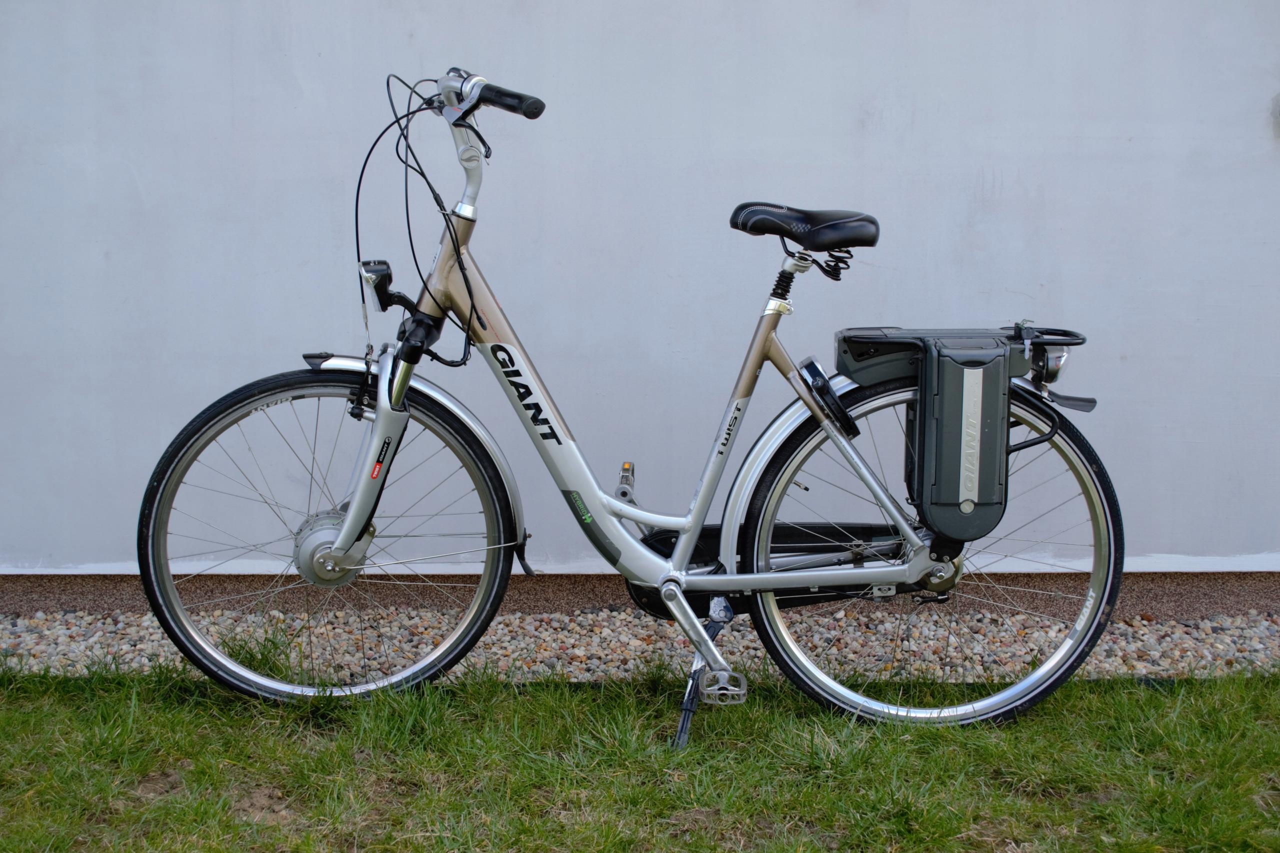 Rower elektryczny GIANT Twist GO Hybrid