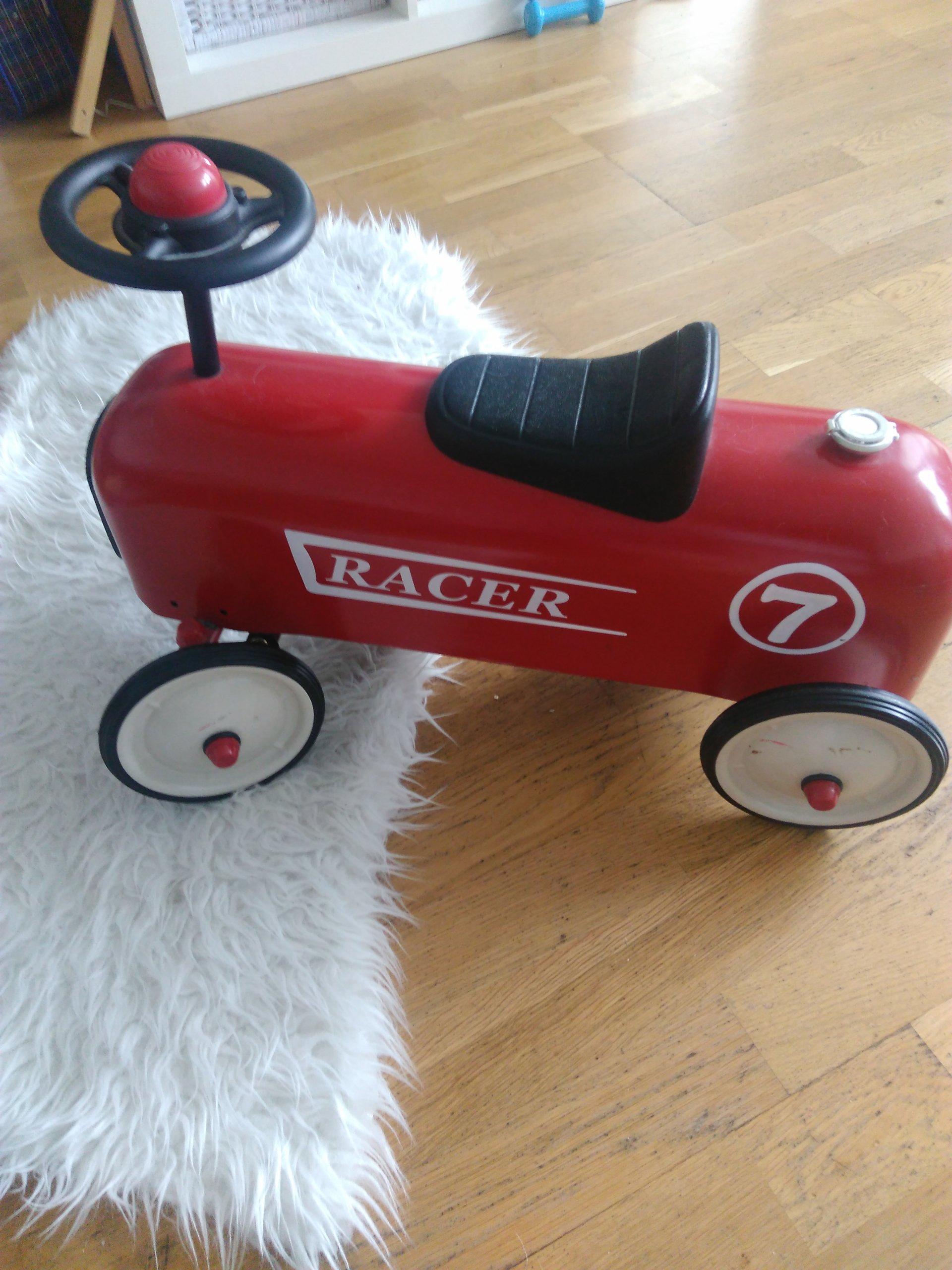 Baghera Racer jeździk
