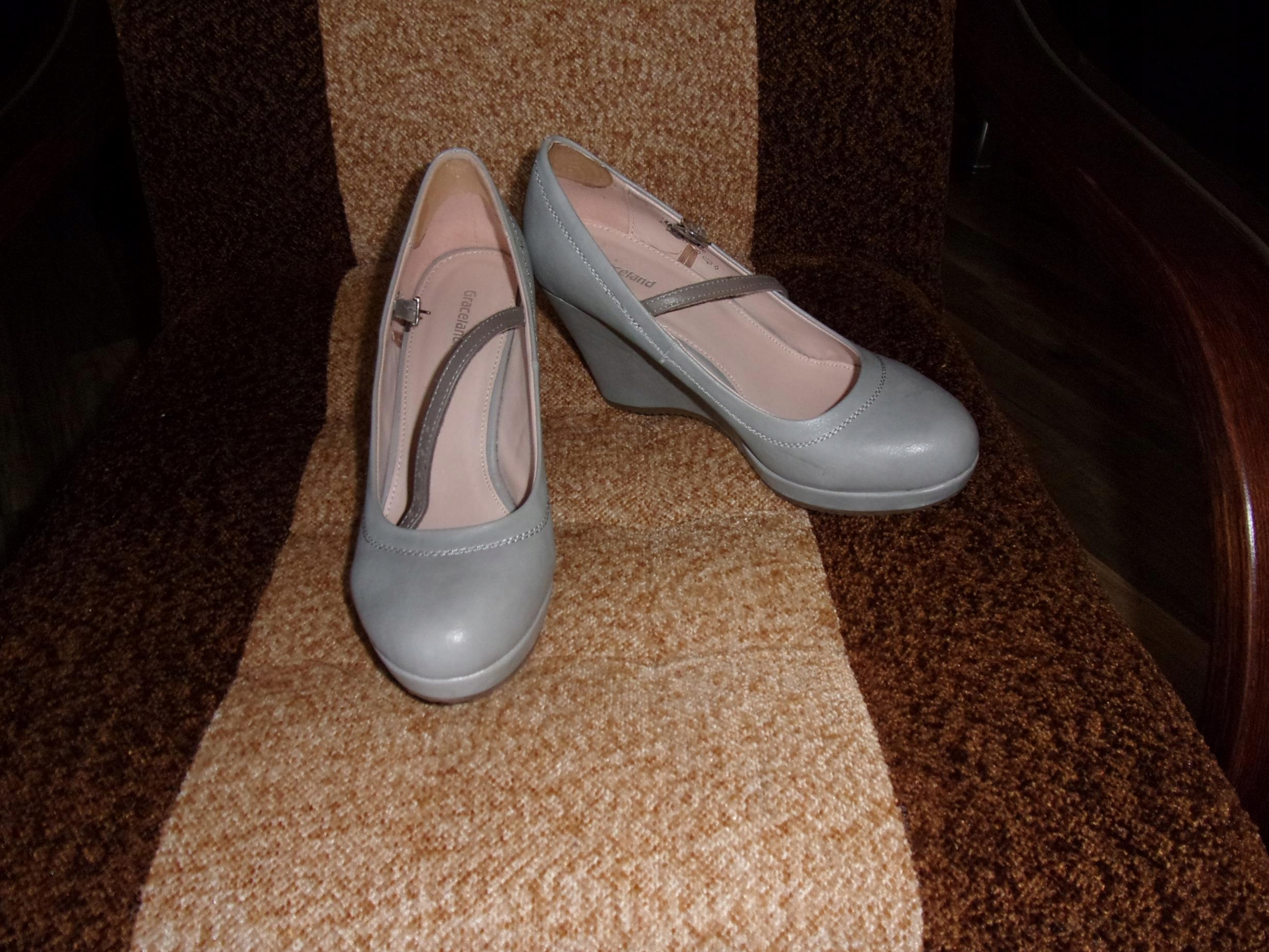(473) Koturny Graceland 39 / 25 cm