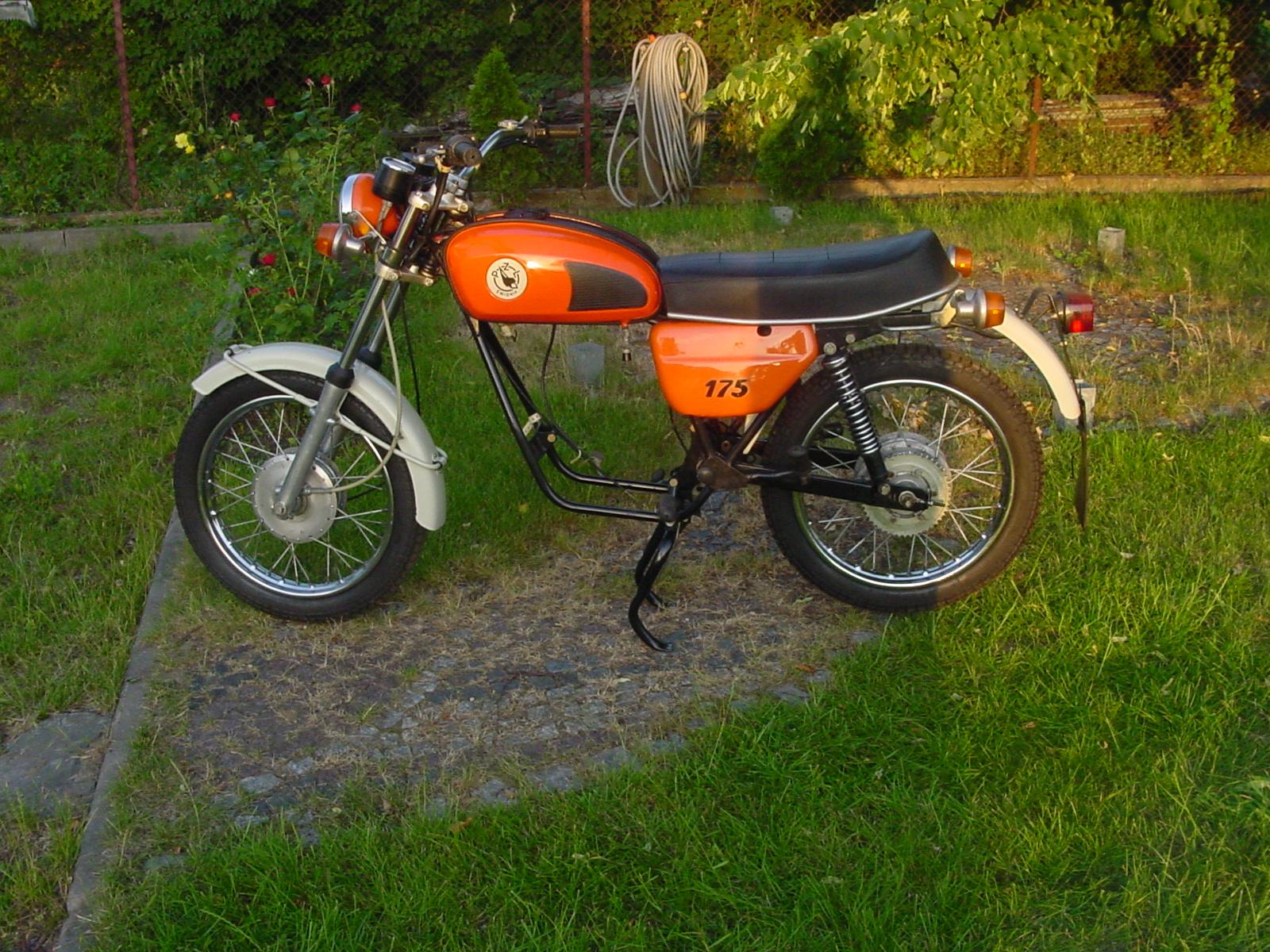 WSK M-30 ORLIK - unikatowy motocykl z 1980 roku