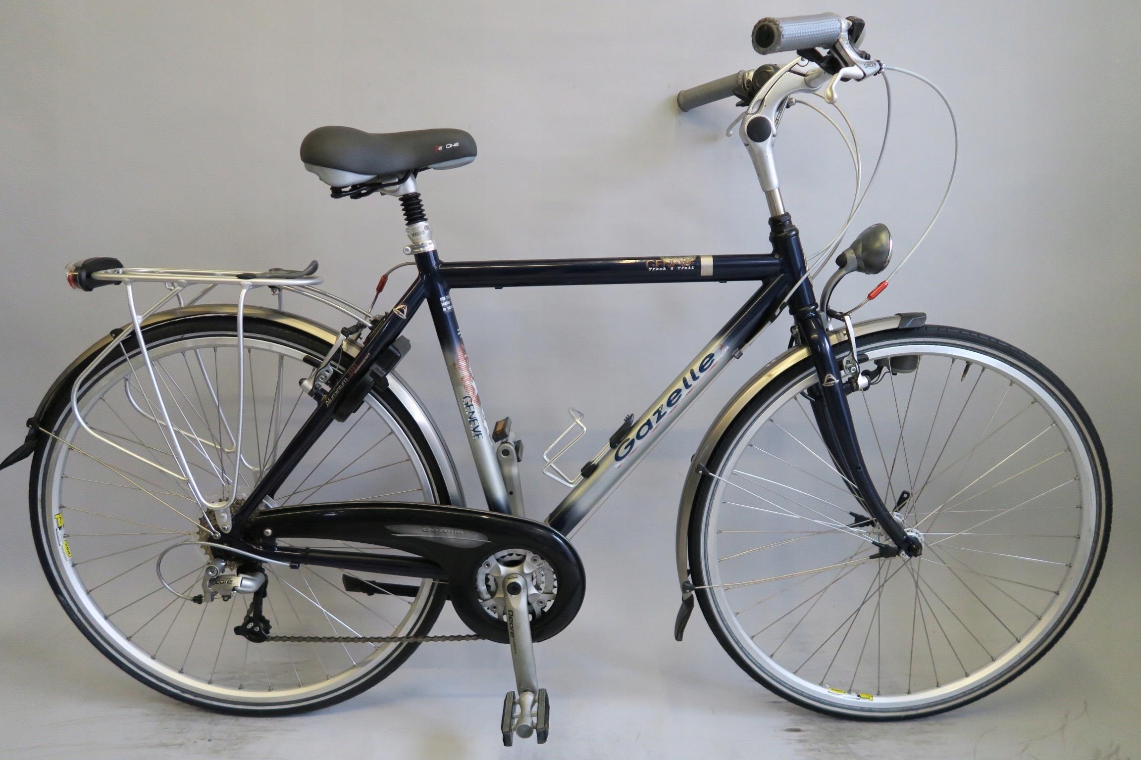 Wygodny rower holenderski Gazelle Geneve Deore