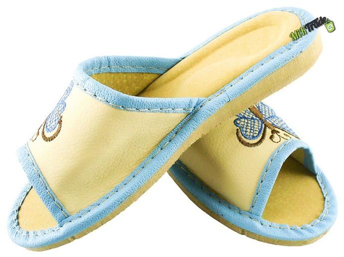 4da5f5e1d8cba Dziewczęce kapcie laczki pantofle skórzane r. 31 - 6957971225 ...