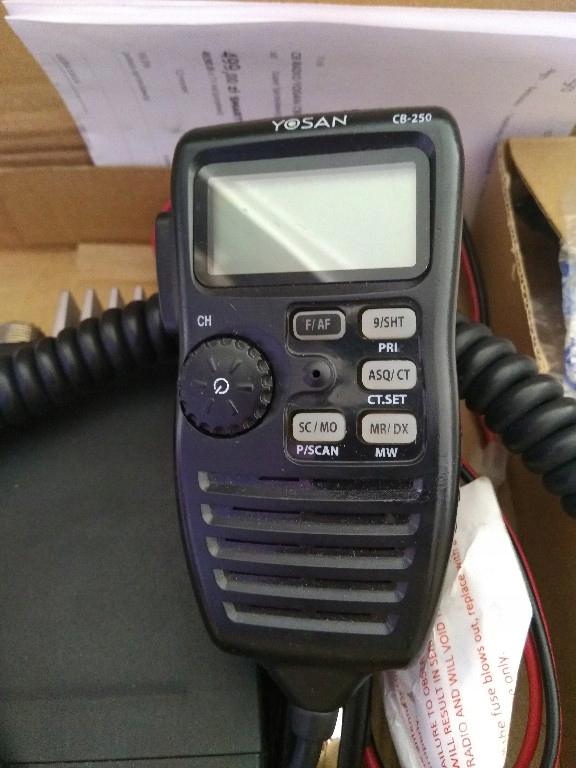 CB radio Yosan CB-250 Wszystko w gruszce