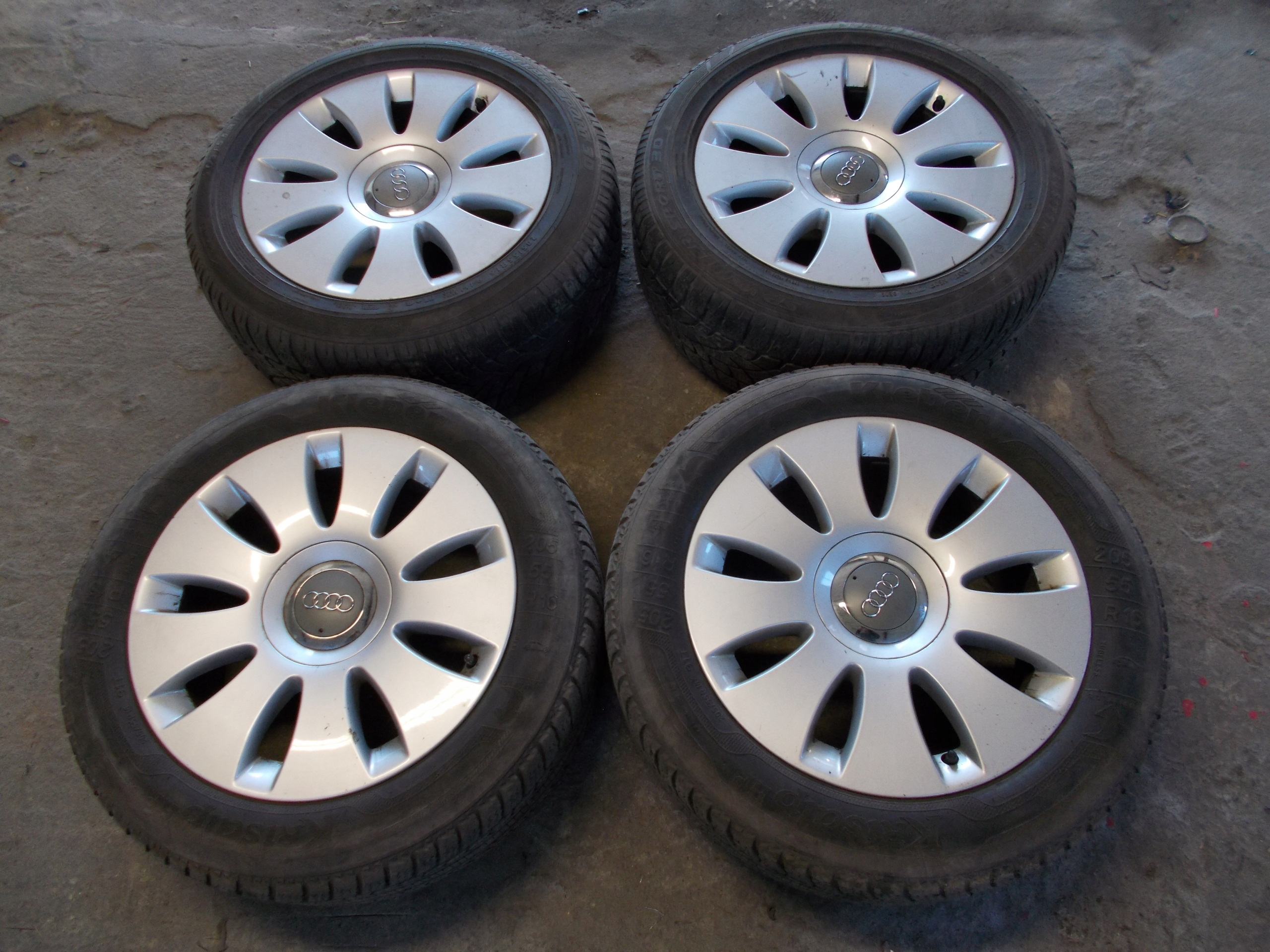 Felgi Aluminiowe Audi A6 C6 Opony Zima 16 5x112 7620951484