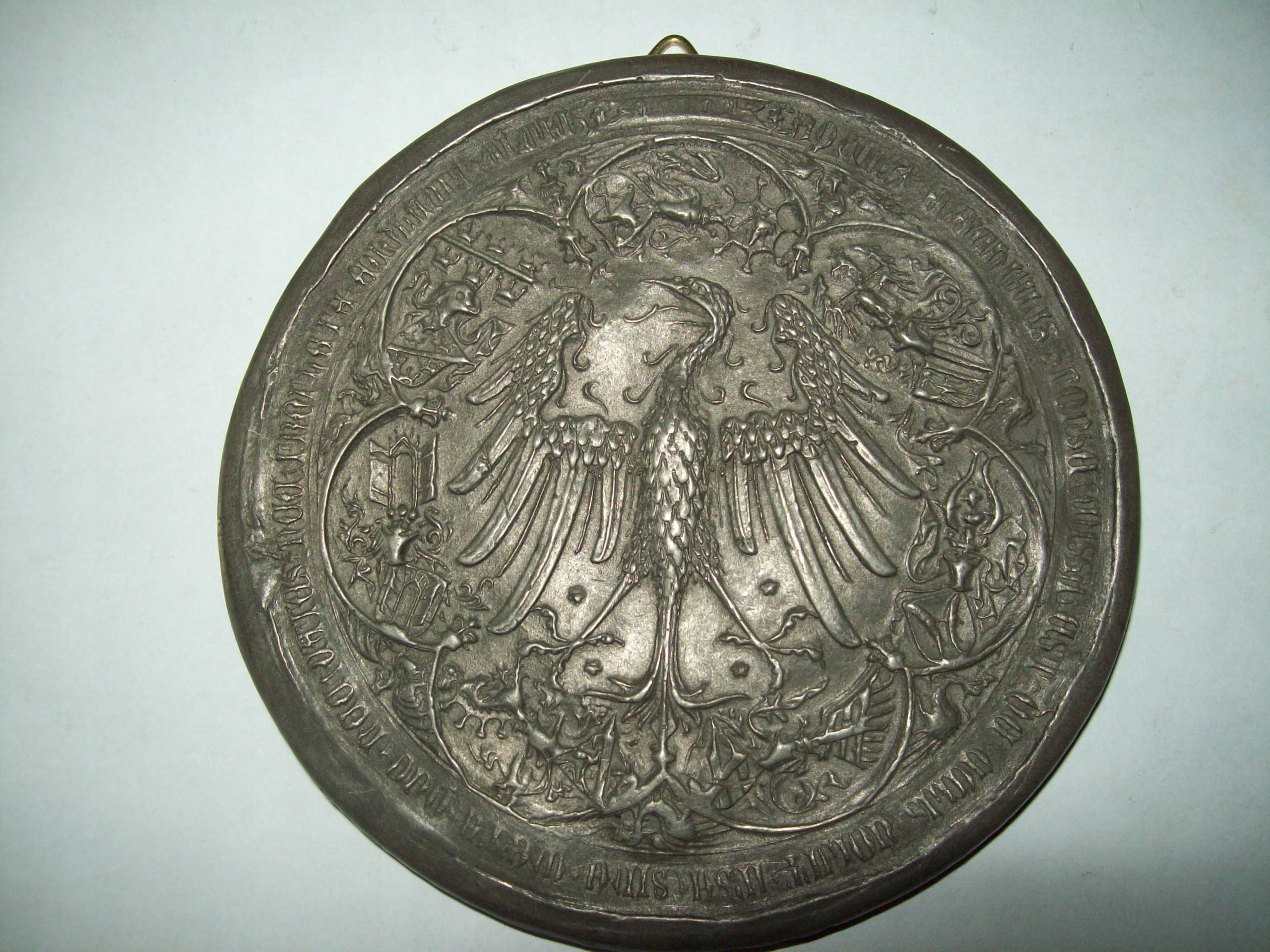 Plakieta metalowa z orłem
