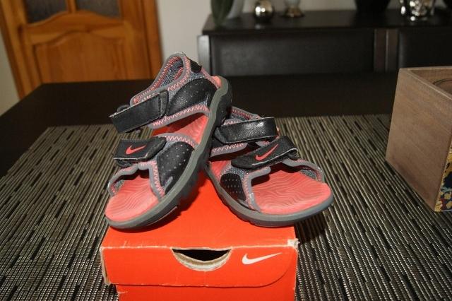 Sandałki Nike r.21