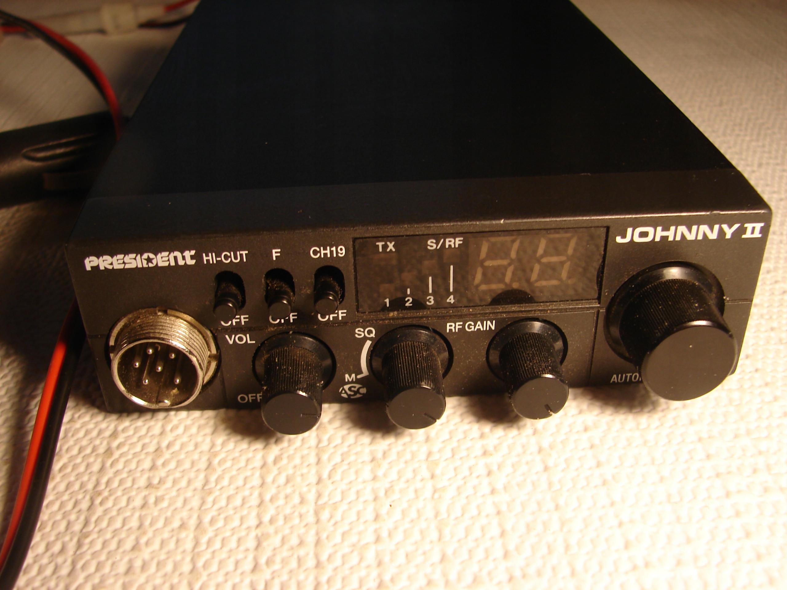 CB RADIO PRESIDENT JOHNNY II + gratis ANTENA