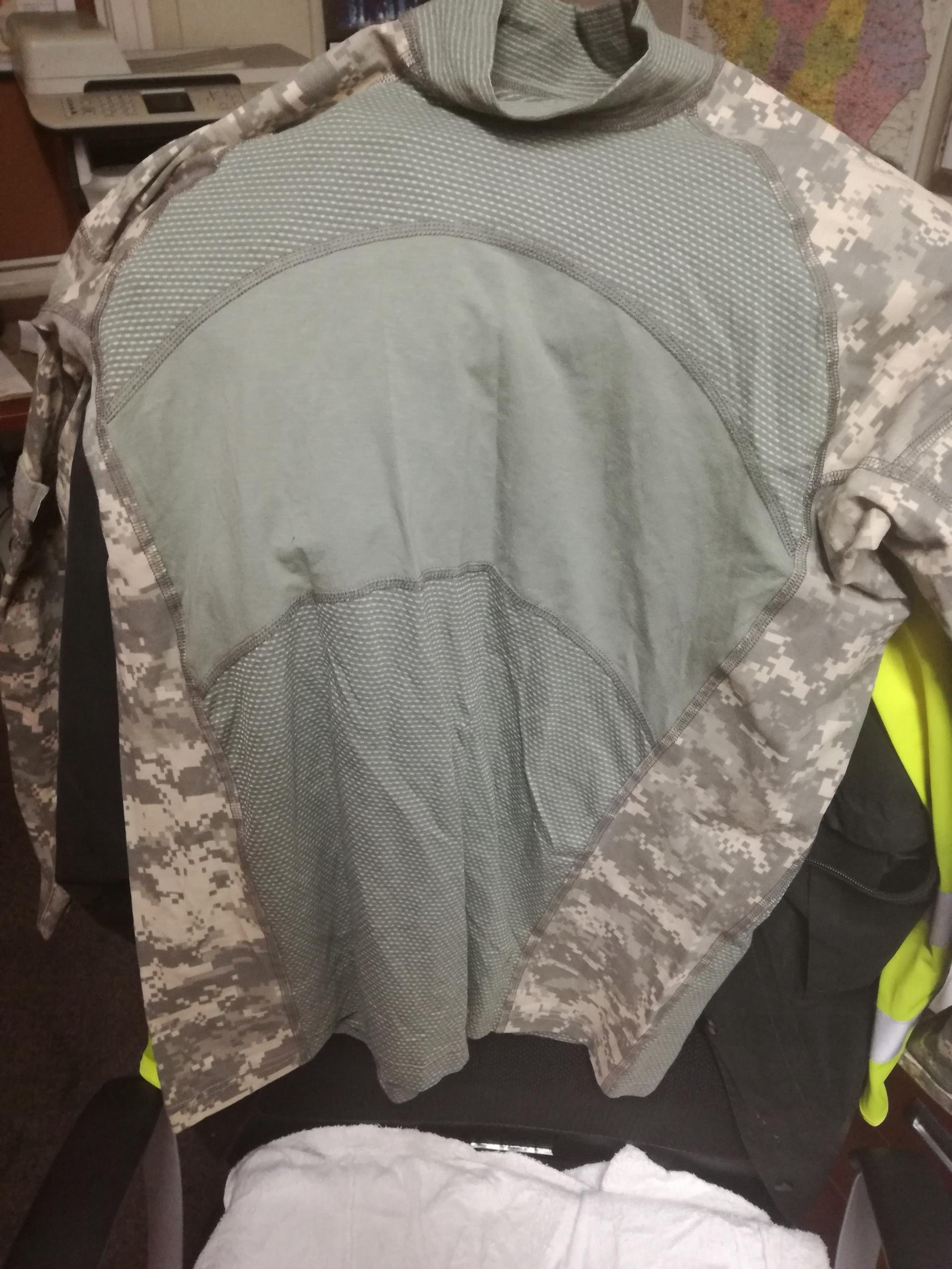 Combat Shirt Massif UCP Large kontrakt NEW