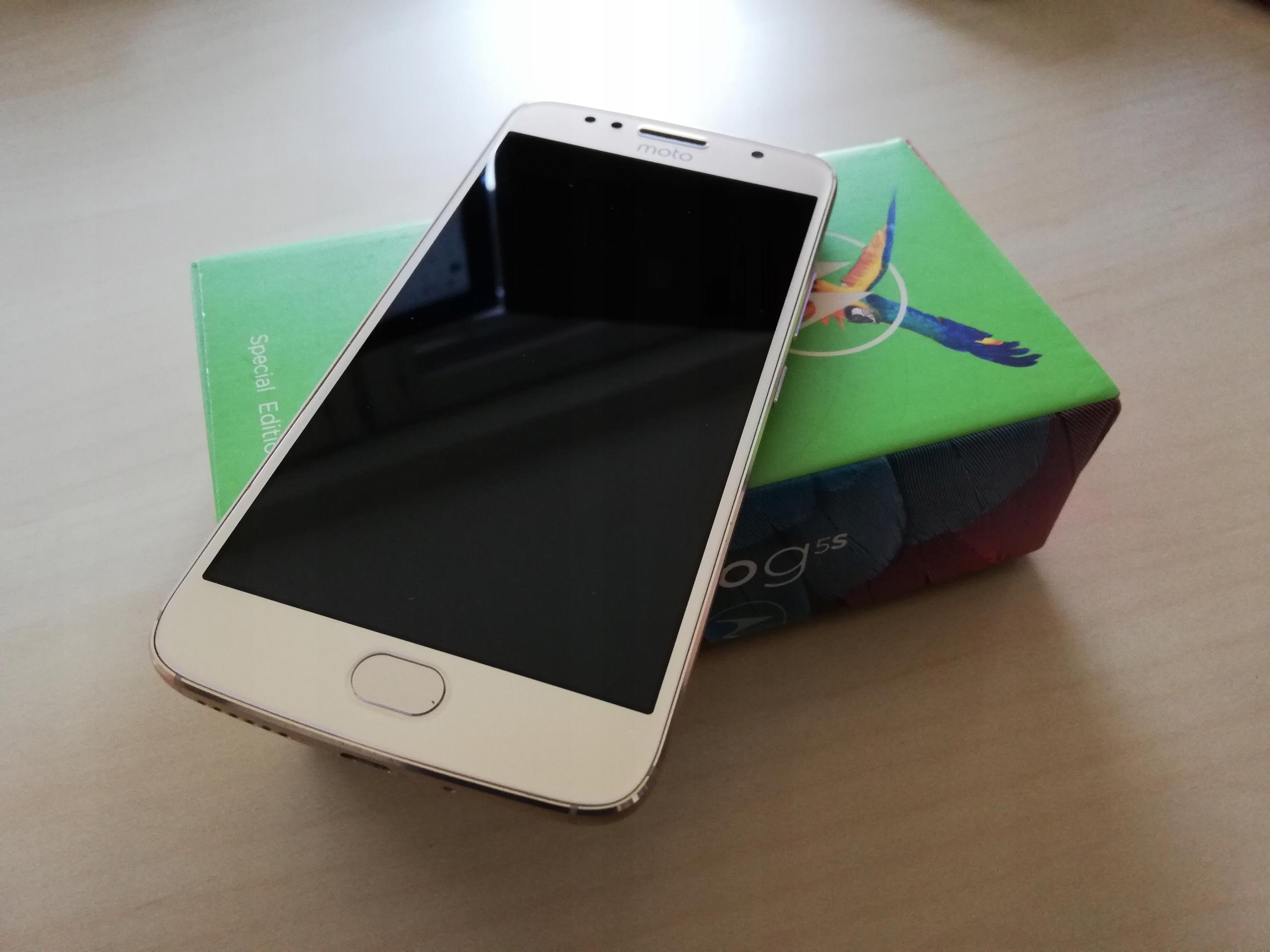 Moto G5s XT1794 Fine Gold 3/32GB - uszkodzone USB