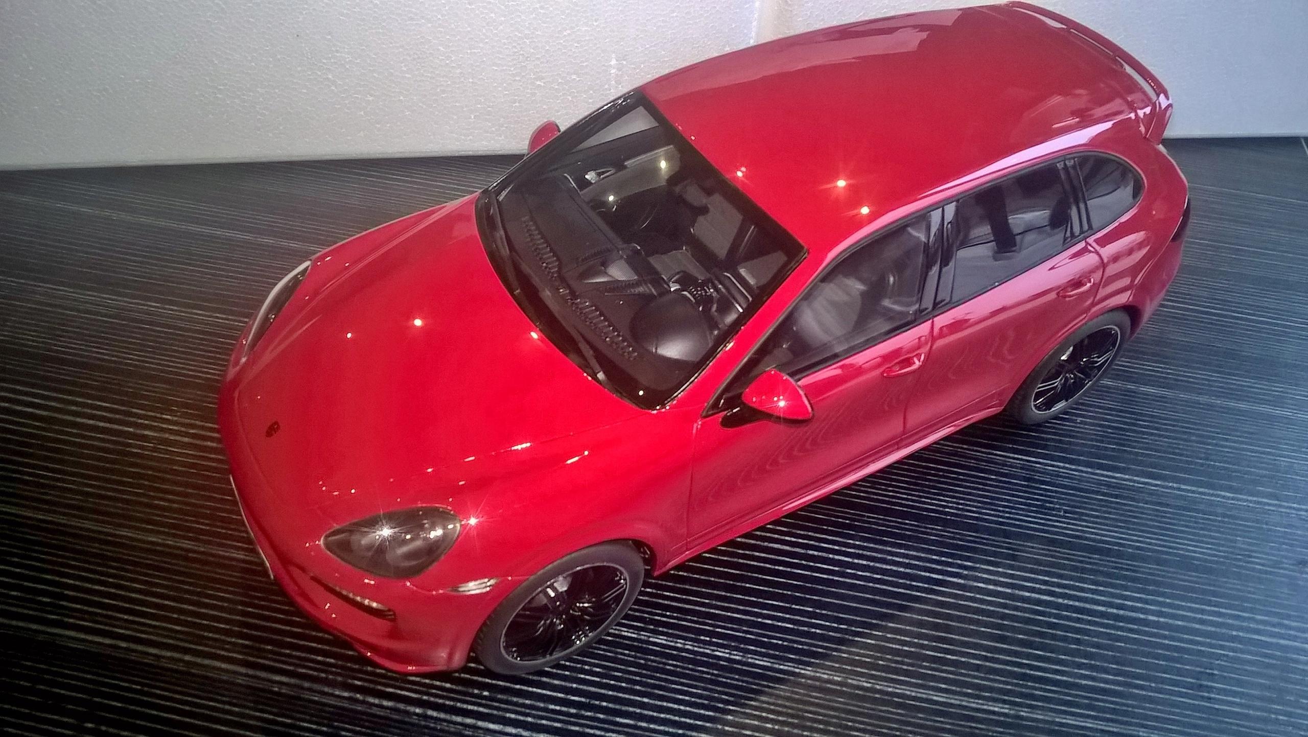 Porsche Cayenne GTS -1/18- GT Spirit -limit.504szt