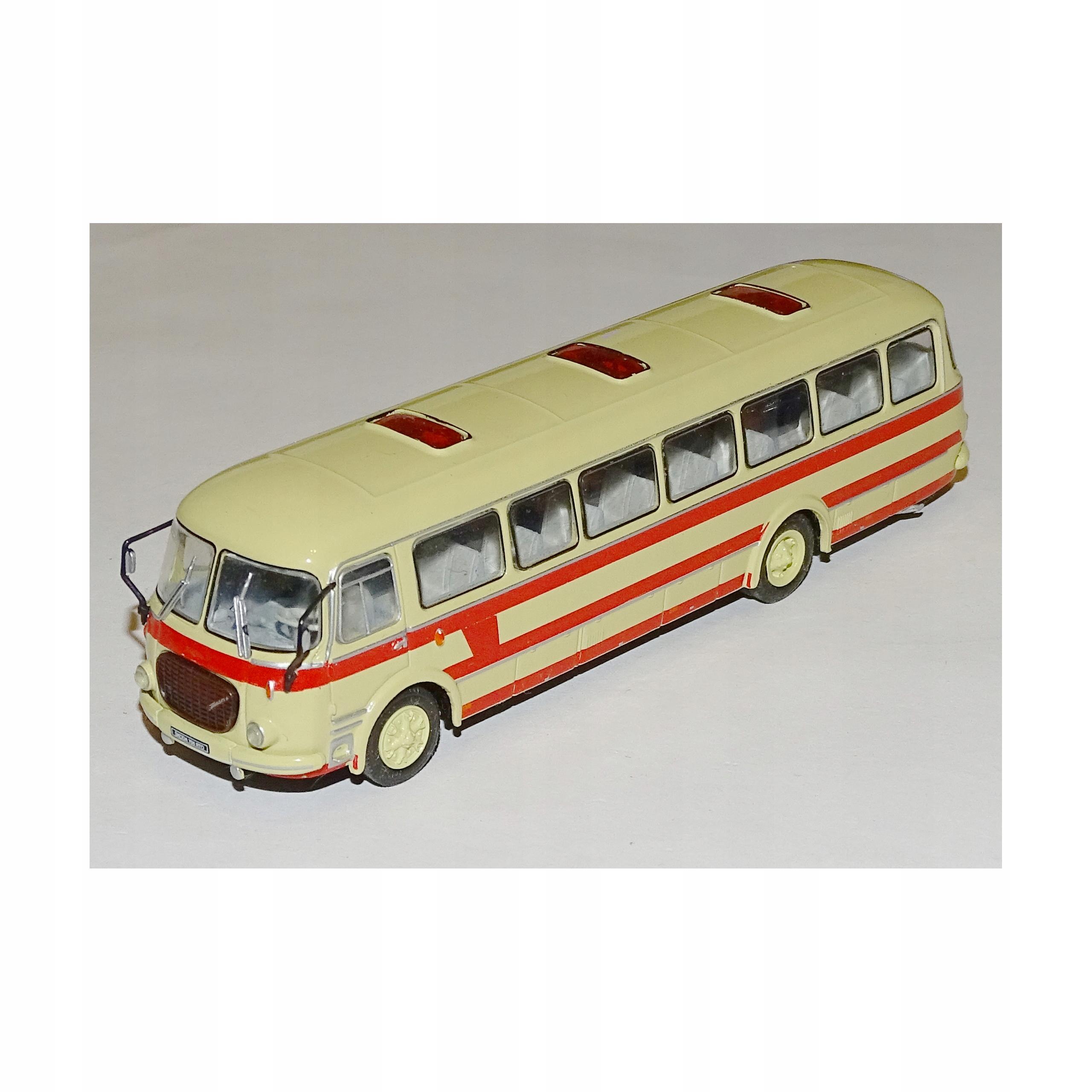 Kultowe Autobusy PRL-u - Skoda 706 RTO deAgostini