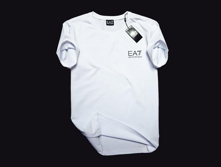 EMPORIO ARMANI EA7 __ CLASSIC NEW T-SHIRT - L