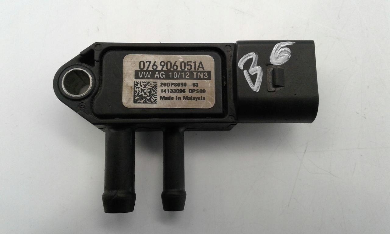 Czujnik ciśnienia spalin 076906051A VW Passat B6
