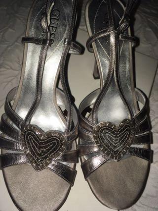 GUESS Marciano buty eleganckie szpilki rozm 39
