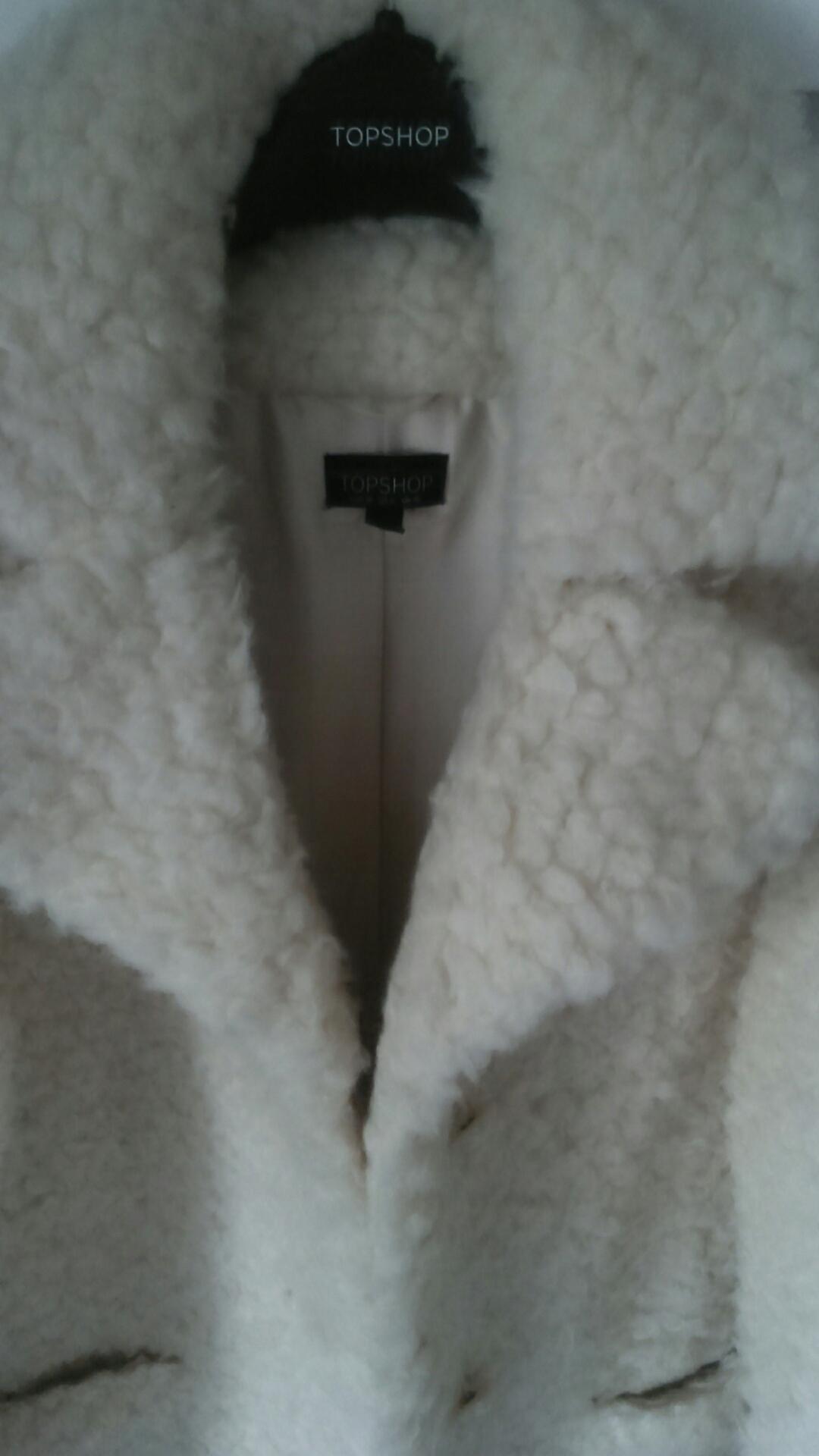 Kożuszek baranek płaszcz ecru TOPSHOP M 38 blog