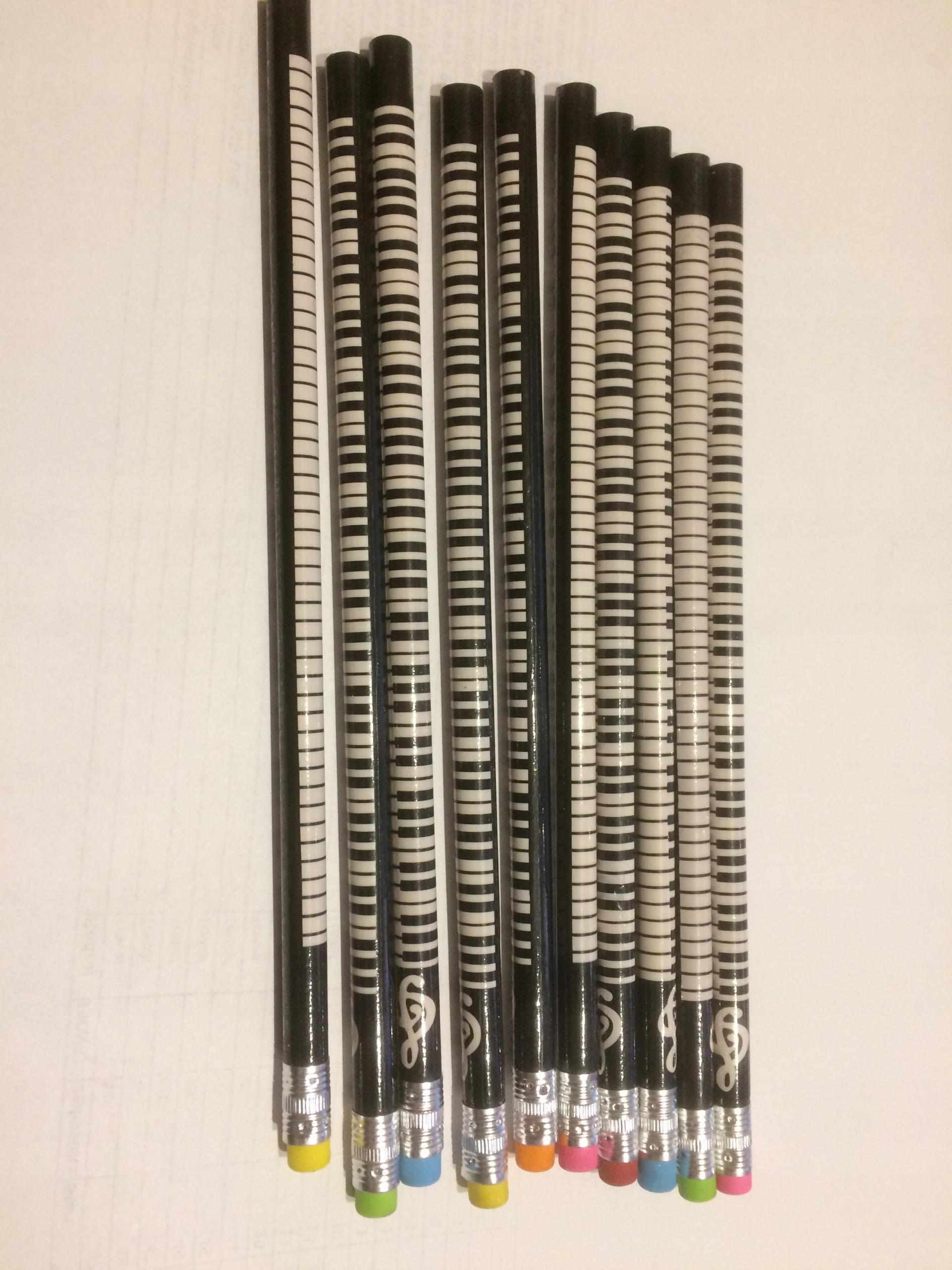 Ołówek muzyczny z kolorową gumką