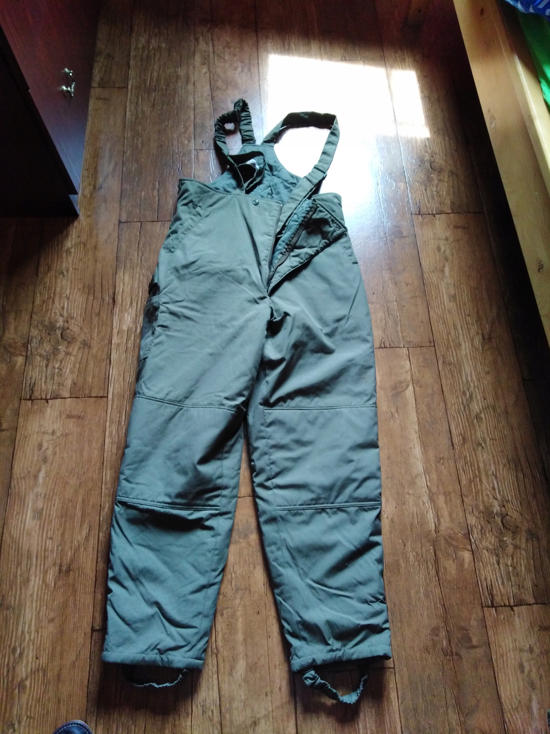 Spodnie ocieplane z szelkami