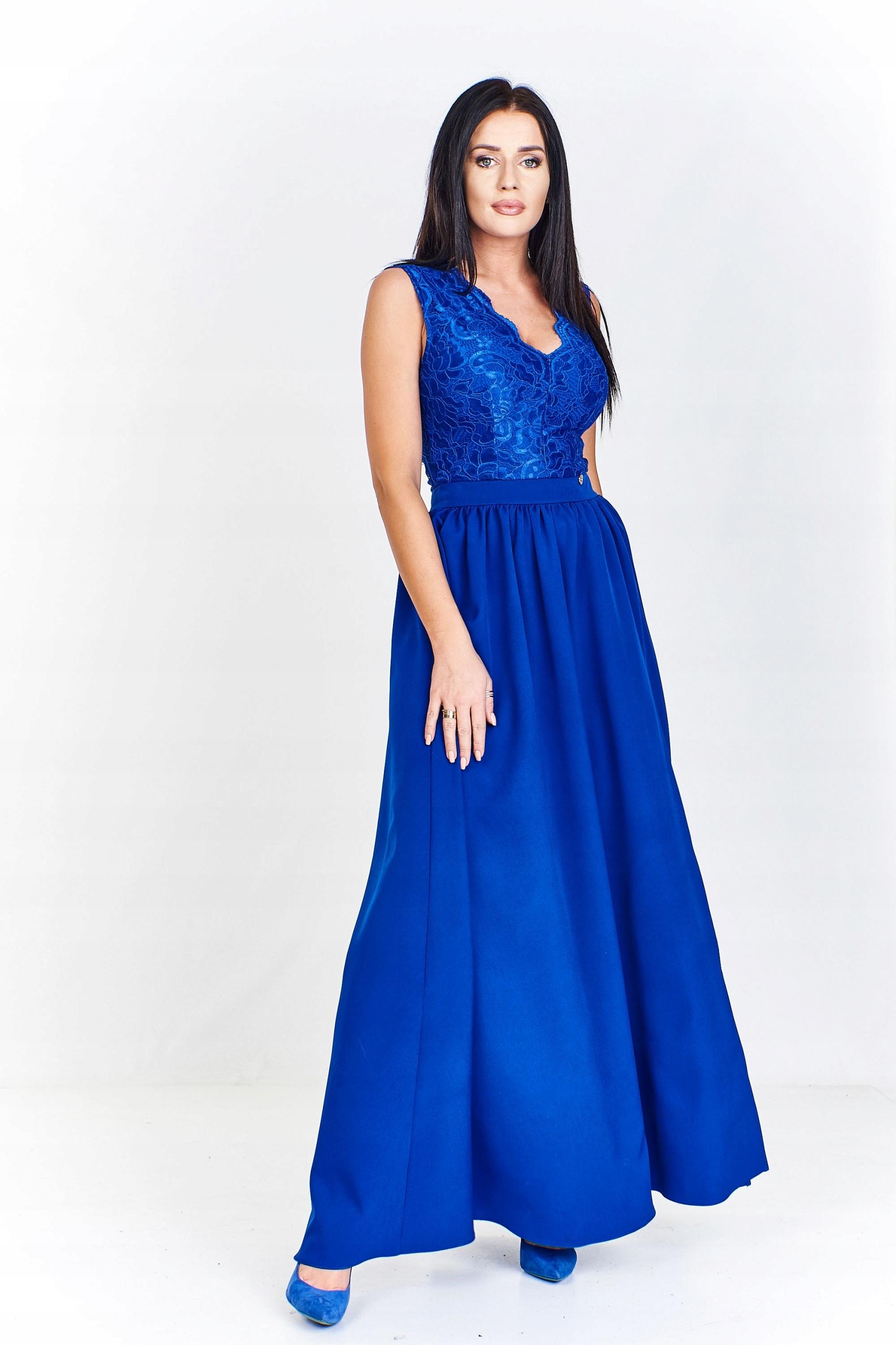 Sukienka maxi z koronkową dopasowaną górą, ciekawi