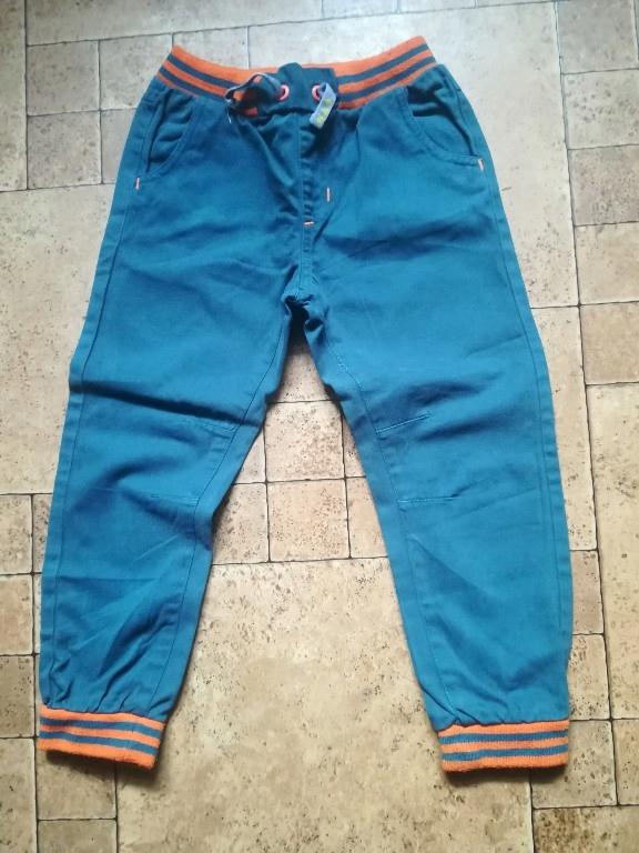 spodnie jogger chłopiec 110