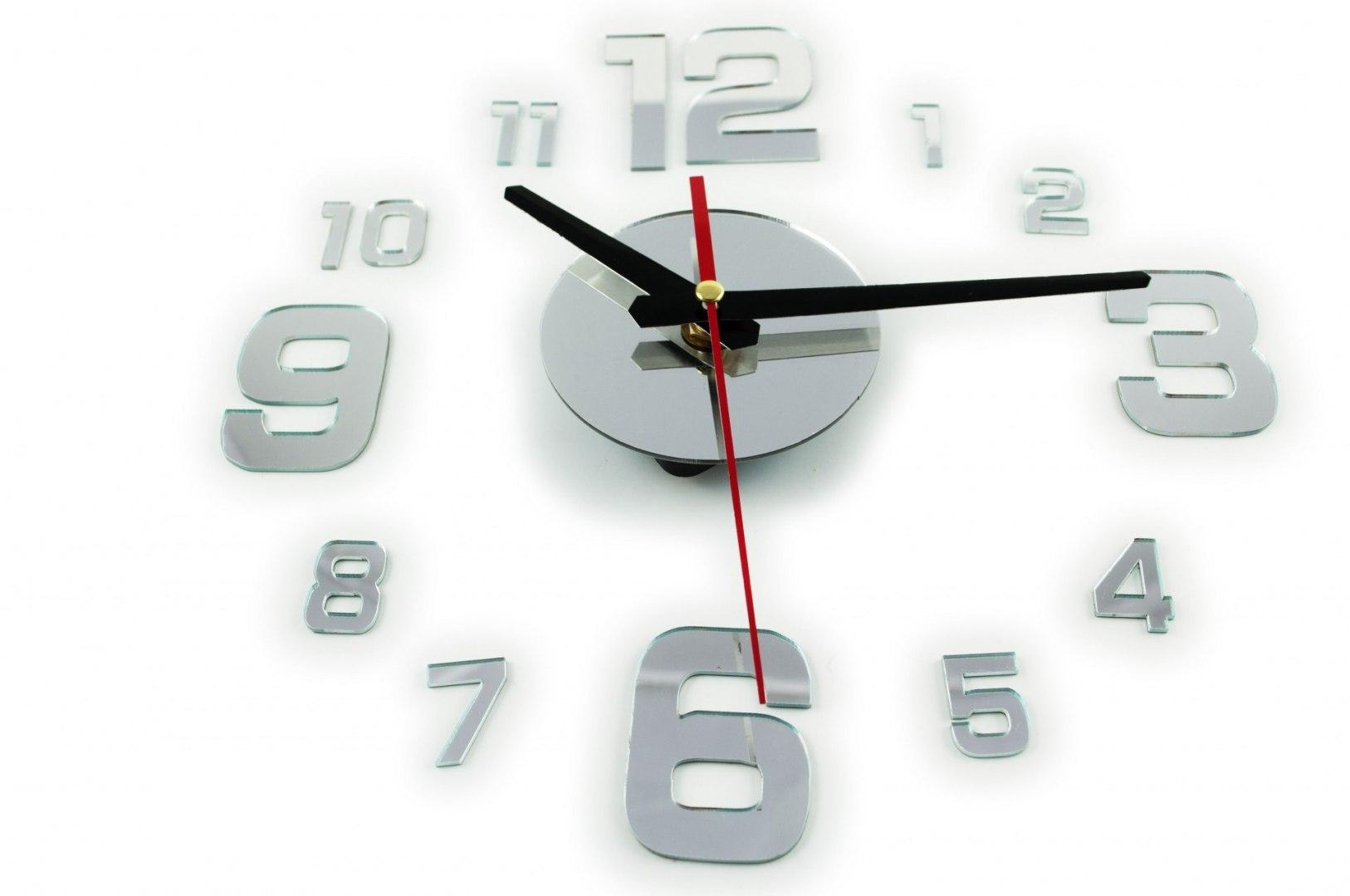 Zegar Ścienny srebrny 4 duże cyfry