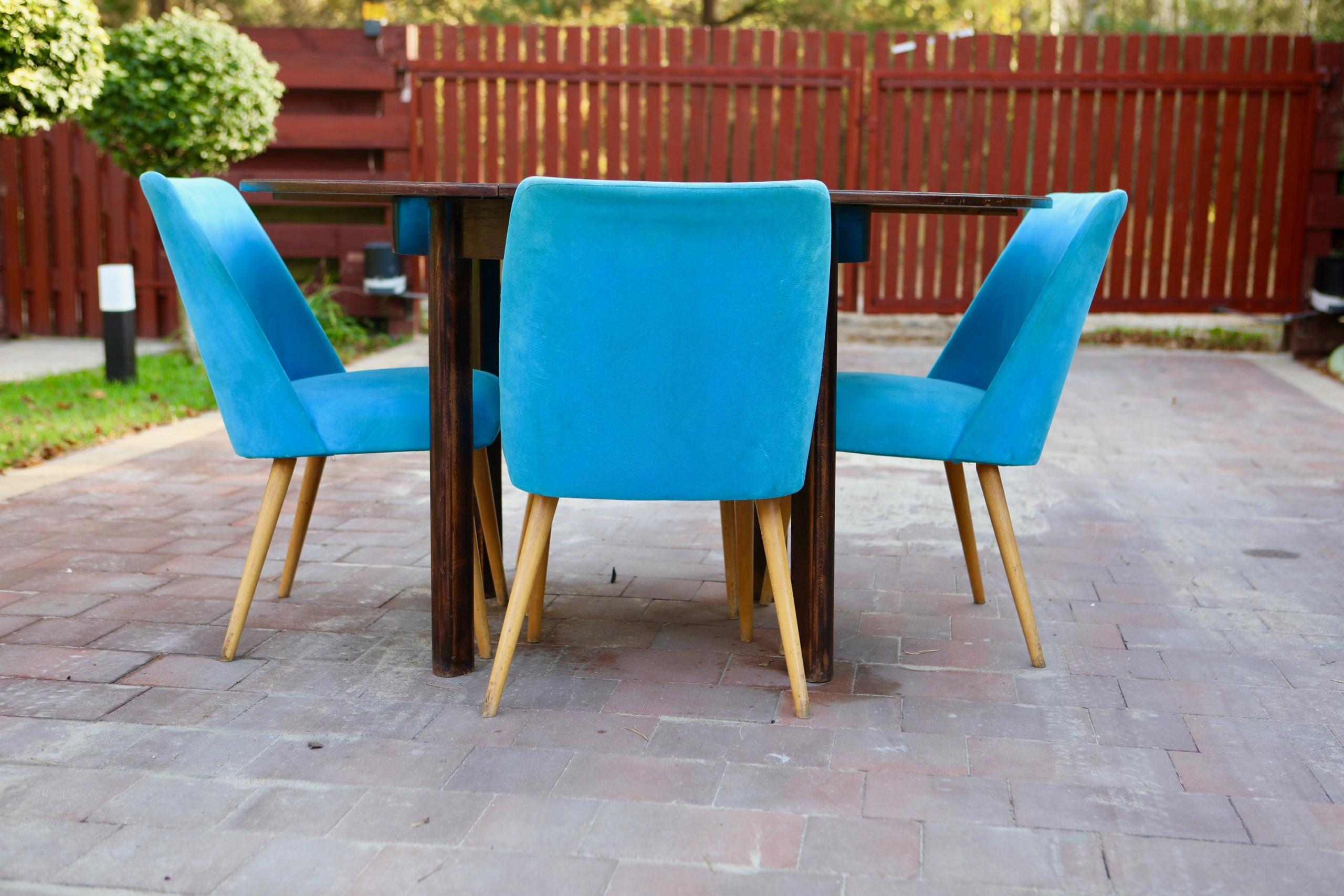 Komplet stół rozkładany z krzesłami PRL LOFT