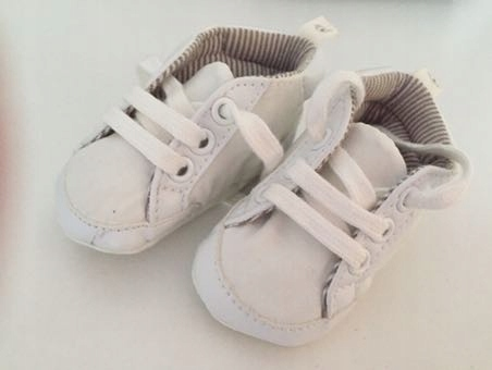 Niechodki H&M newborn trampki