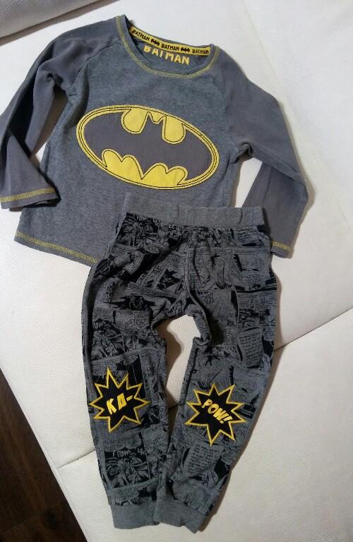 BATMAN komplet bluzka spodnie 104 bdb strój zestaw