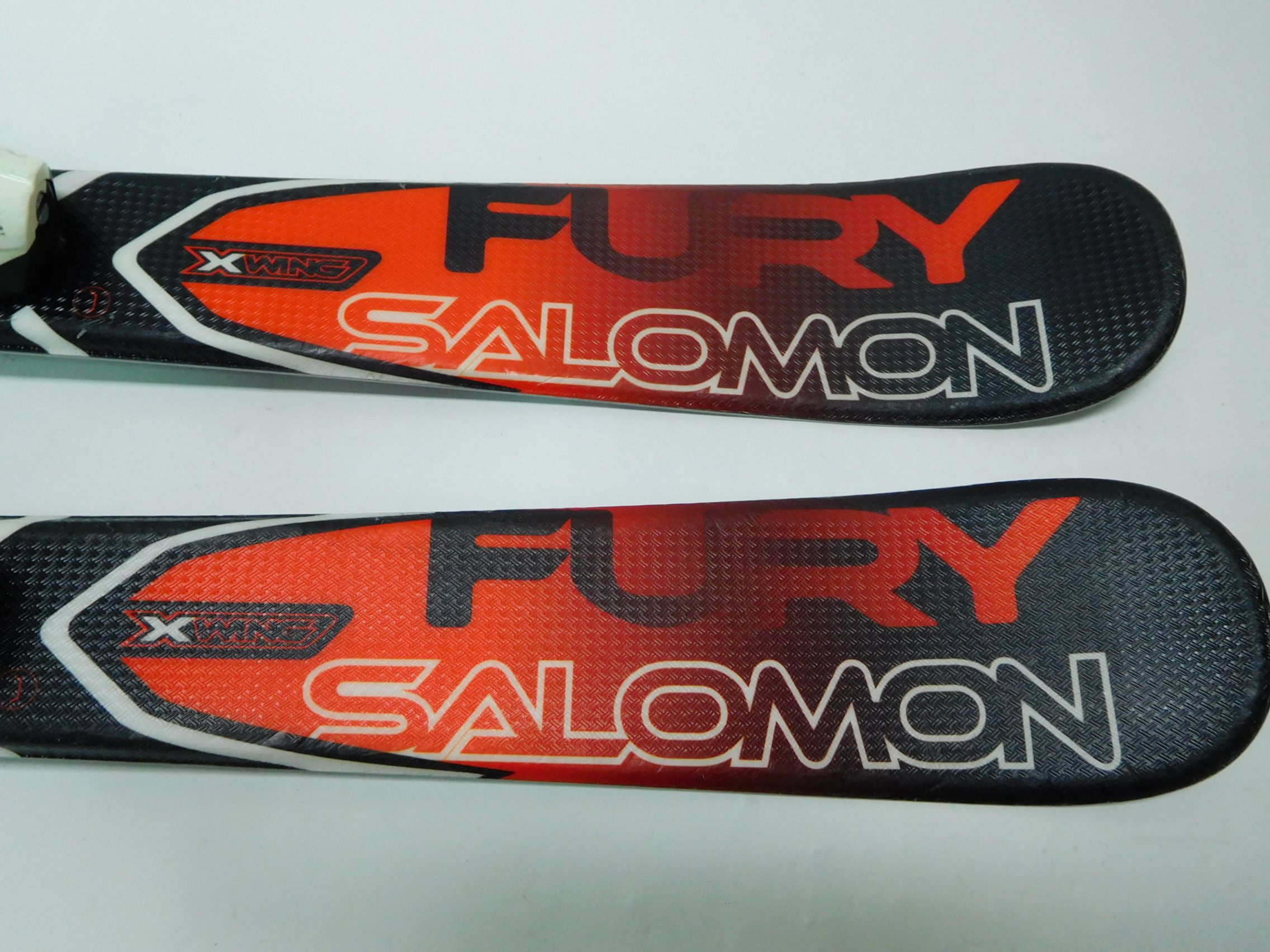 Narty SALOMON X-WING FURY  90cm
