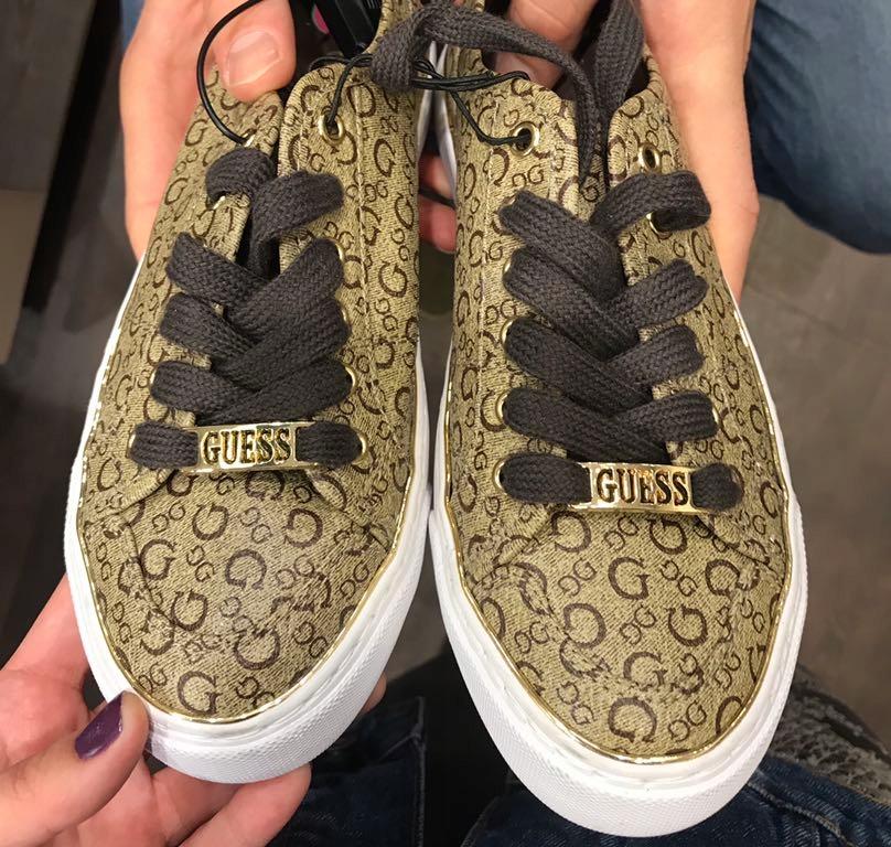Buty sportowe tenisówki trampki Guess