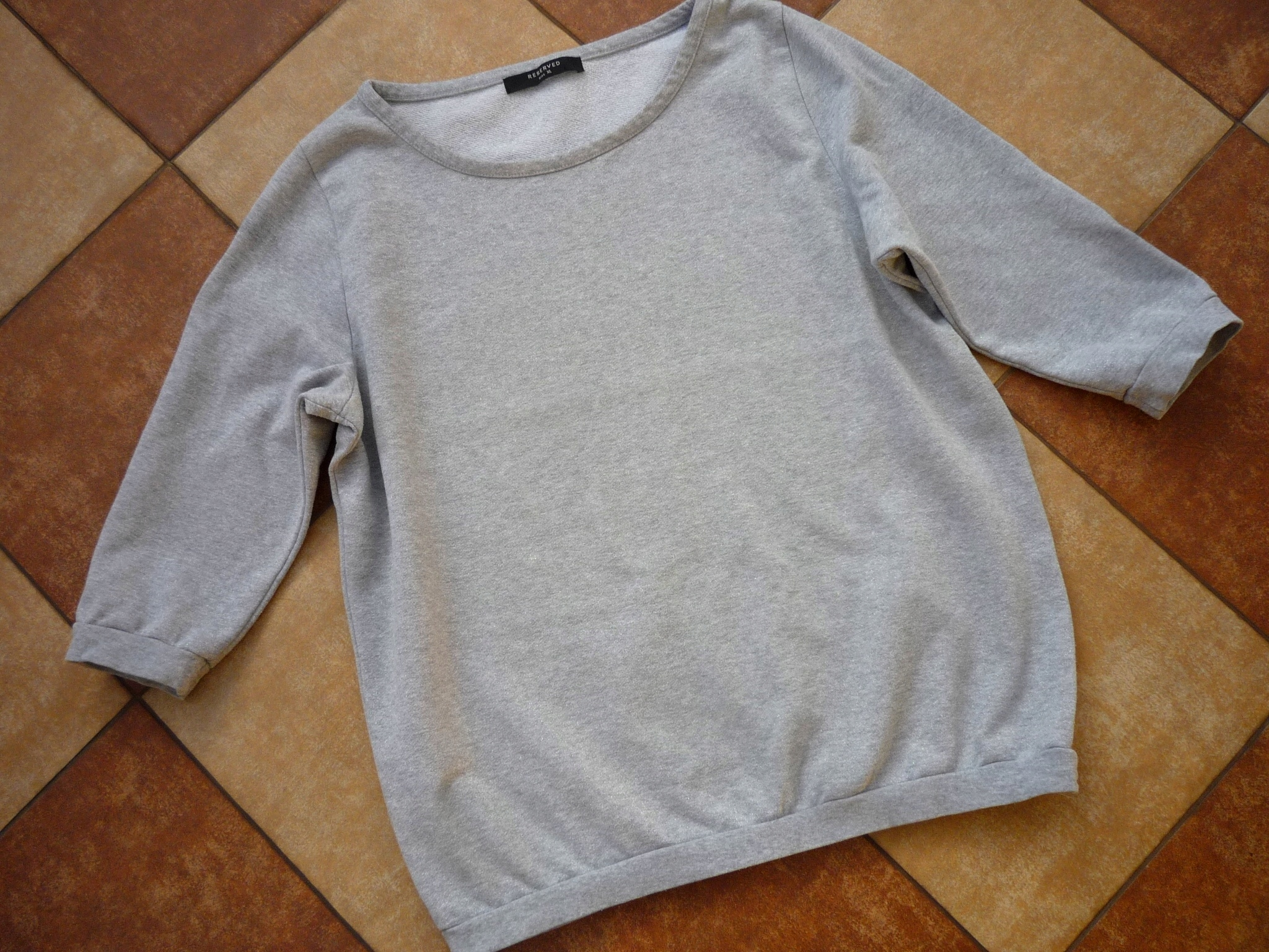 RESERVED szara połyskująca bluzka r. 44 46