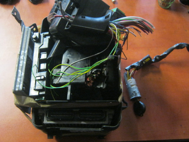 Excellent Stacyjka Komputer Bsi Kluczyk Peugeot 206 5048082770 Oficjalne Wiring Database Indigelartorg