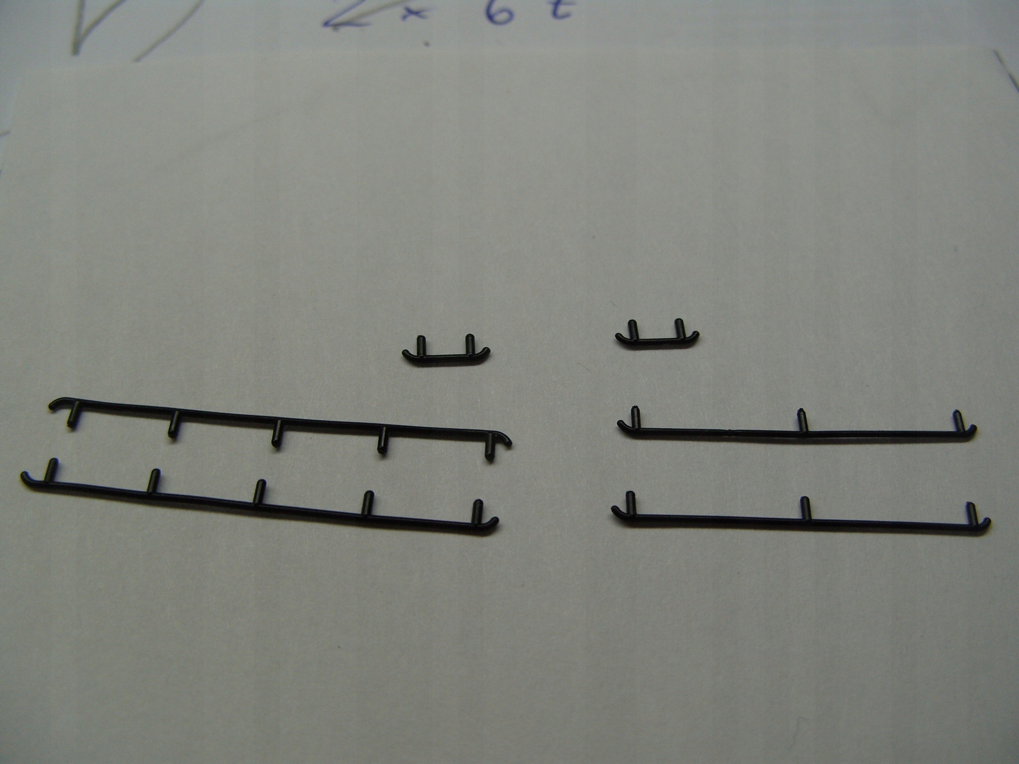 Poręcze do BR290 Roco - Komplet