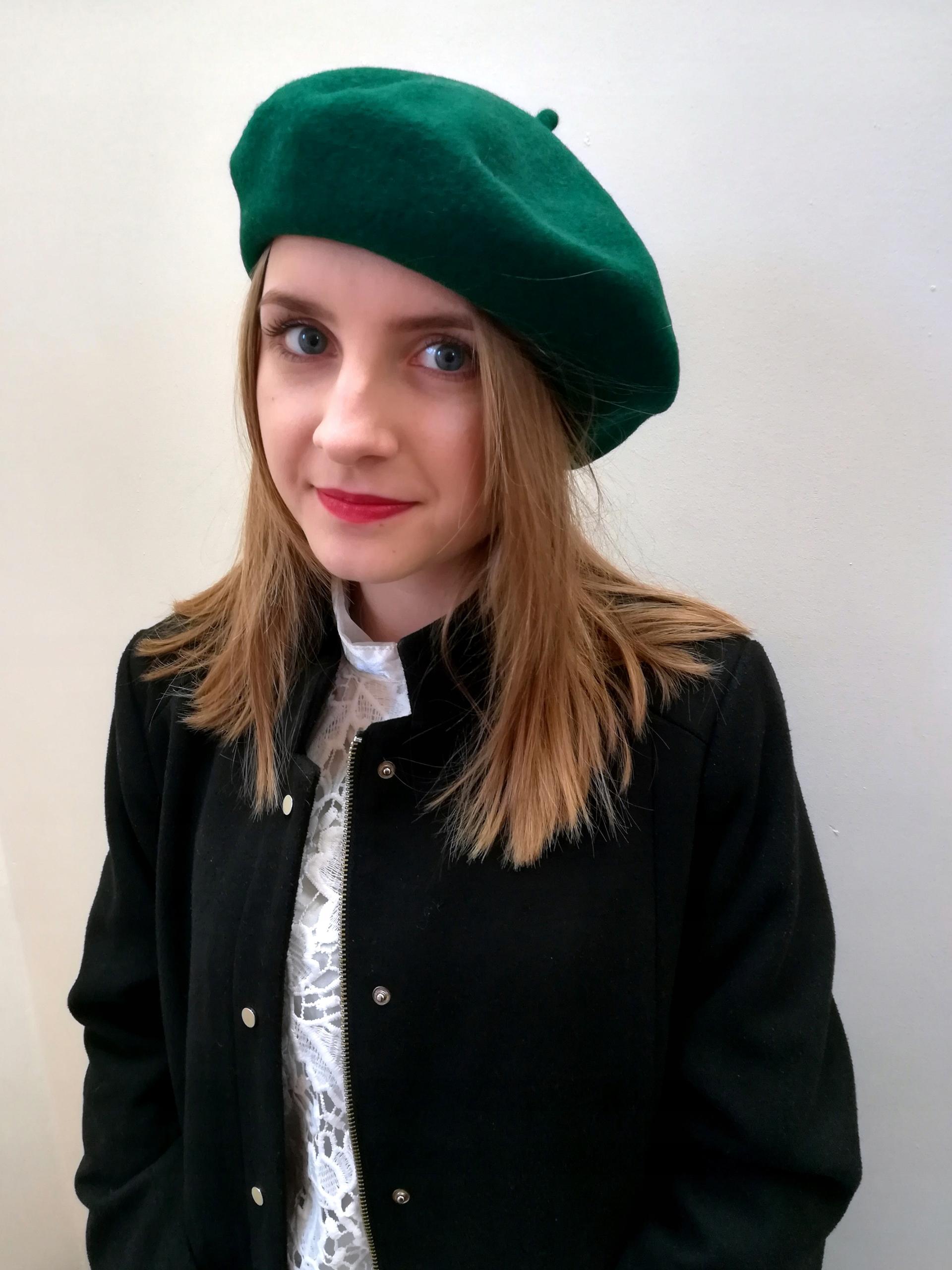 Zielony beret, 100% wełna, a'la paryżanka
