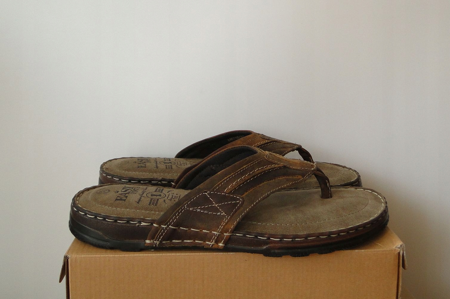 Japonki EASY London Skorzane Klapki Leather / 43