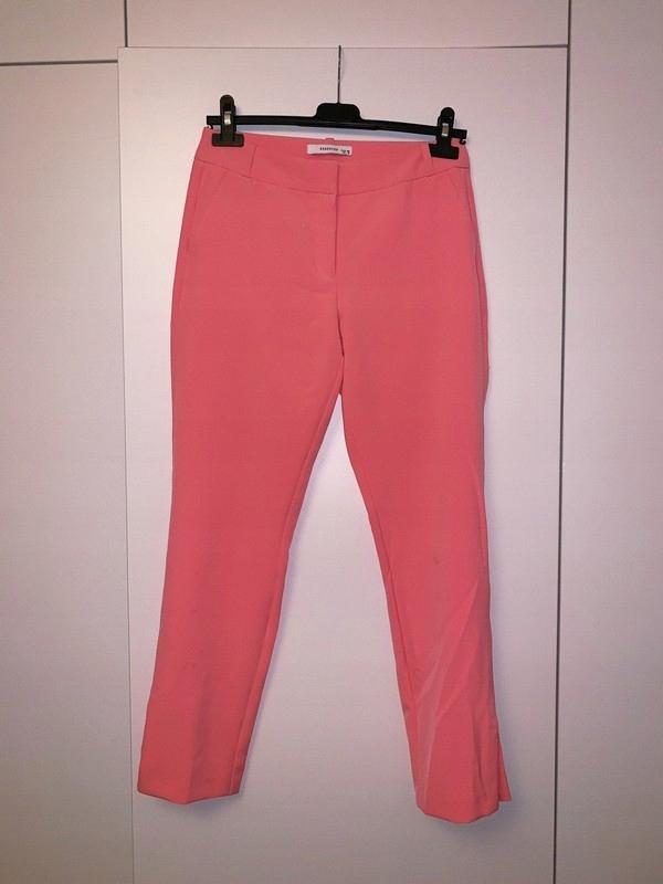 Różowe spodnie od garnituru Reserved - 36 Cindy
