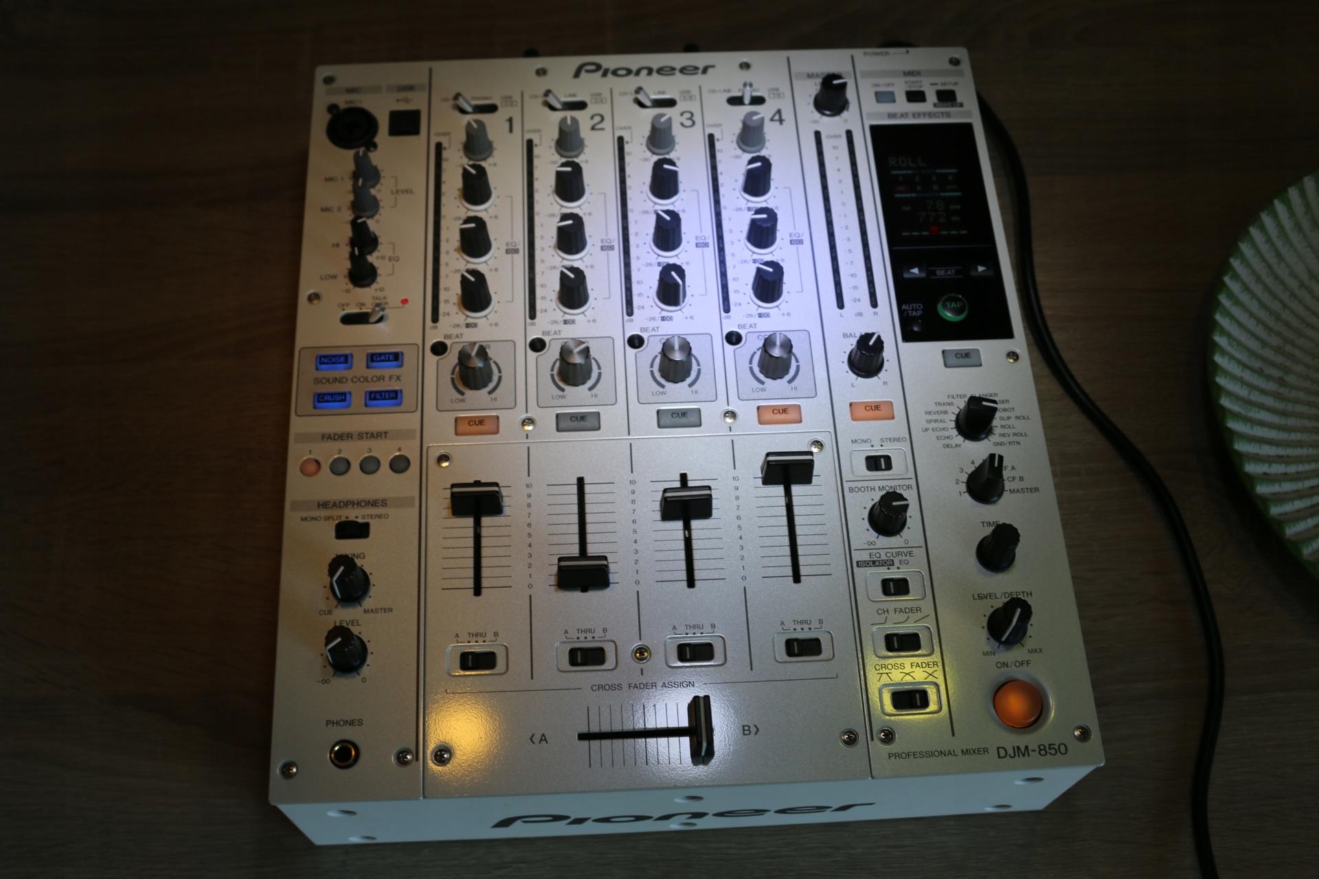 Pioneer DJM 850 Biały jak 800 700 djm850