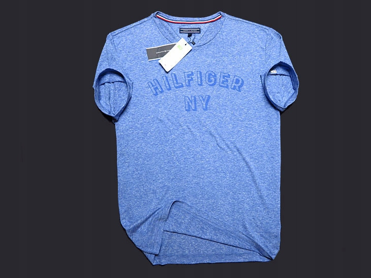 TOMMY HILFIGER __ LUXURY VINTAGE NEW T-SHIRT - M