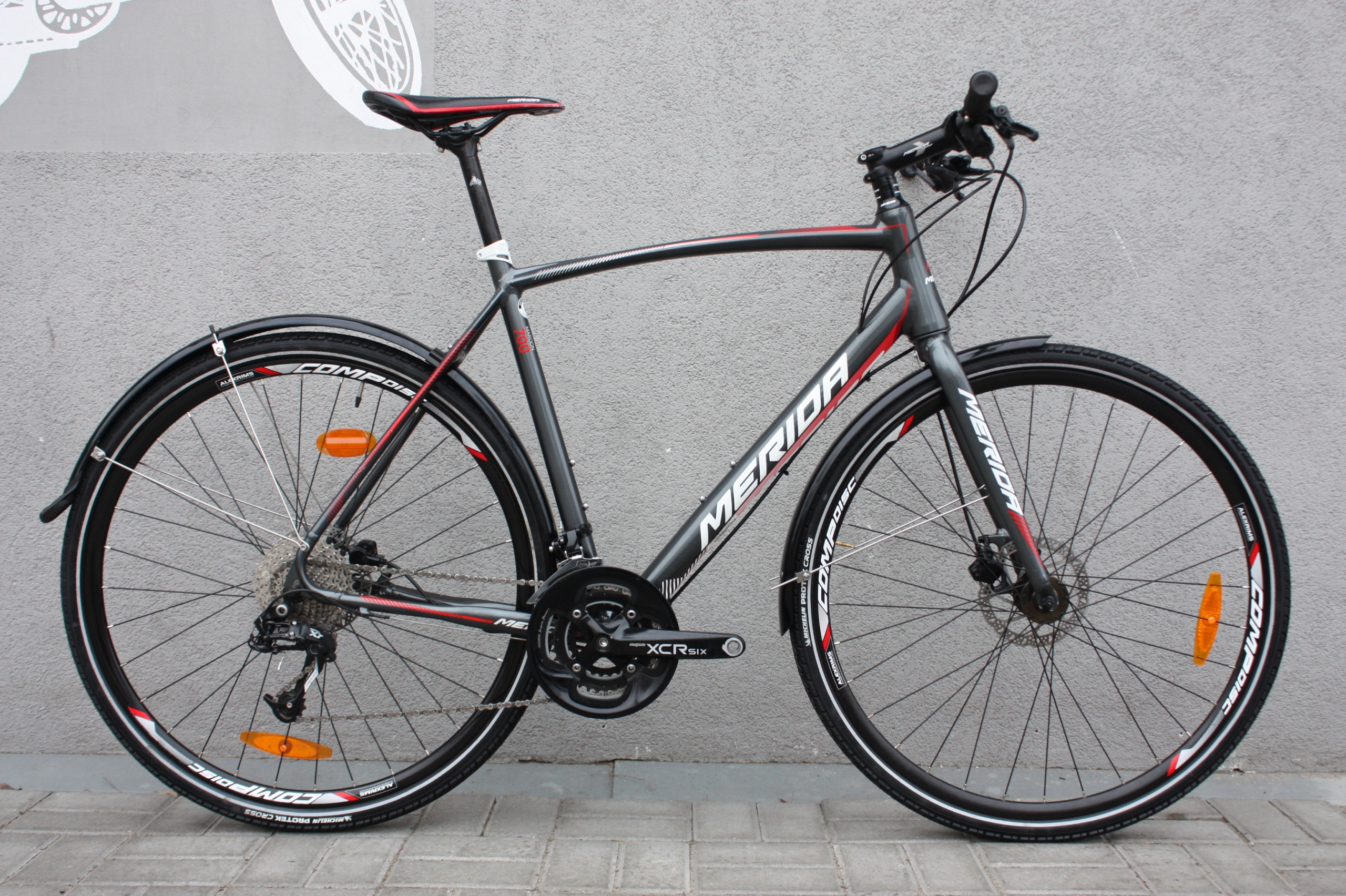 MERIDA MAROON 700