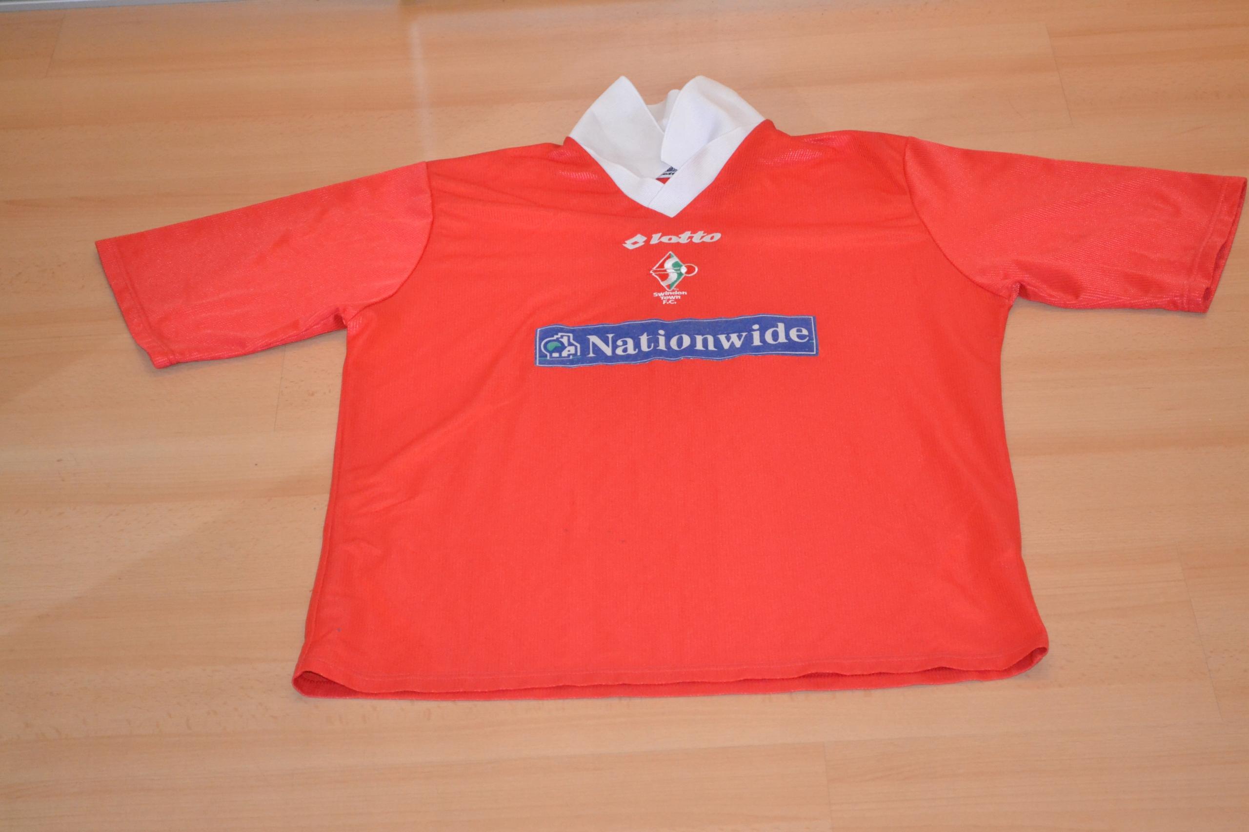 1999-00 Swindon Town domowa