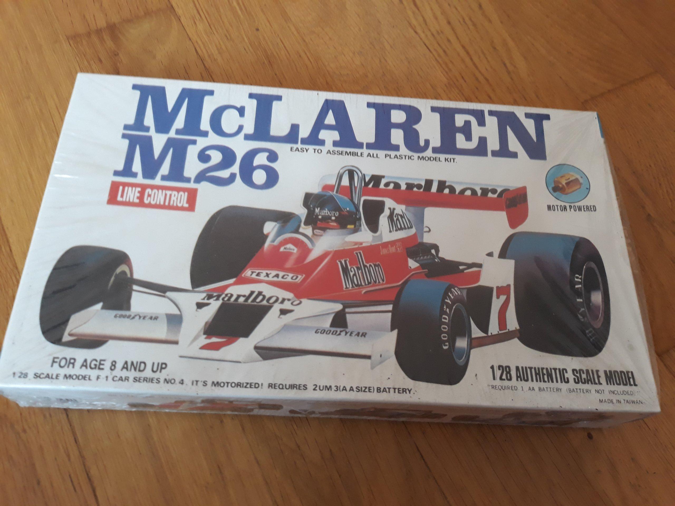 McLaren M 26