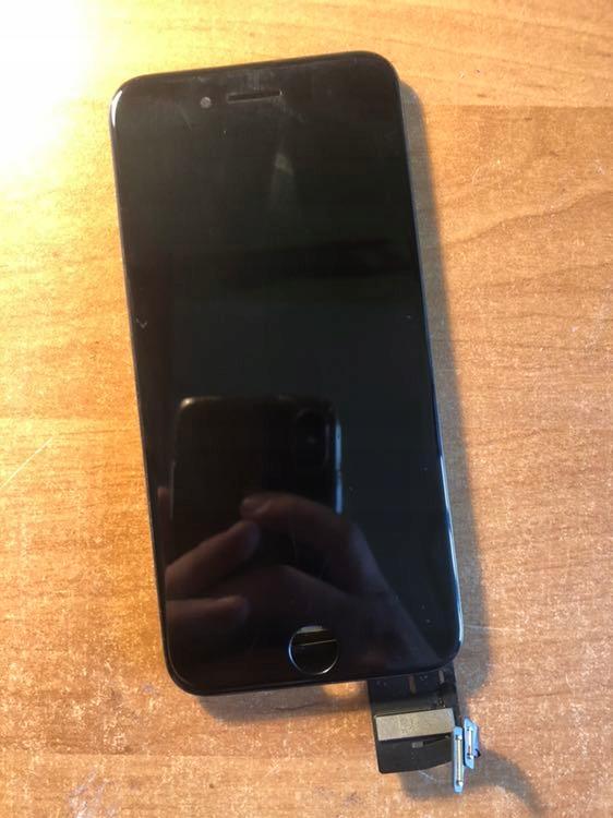Oryginalny wyświetlacz IPhone 7