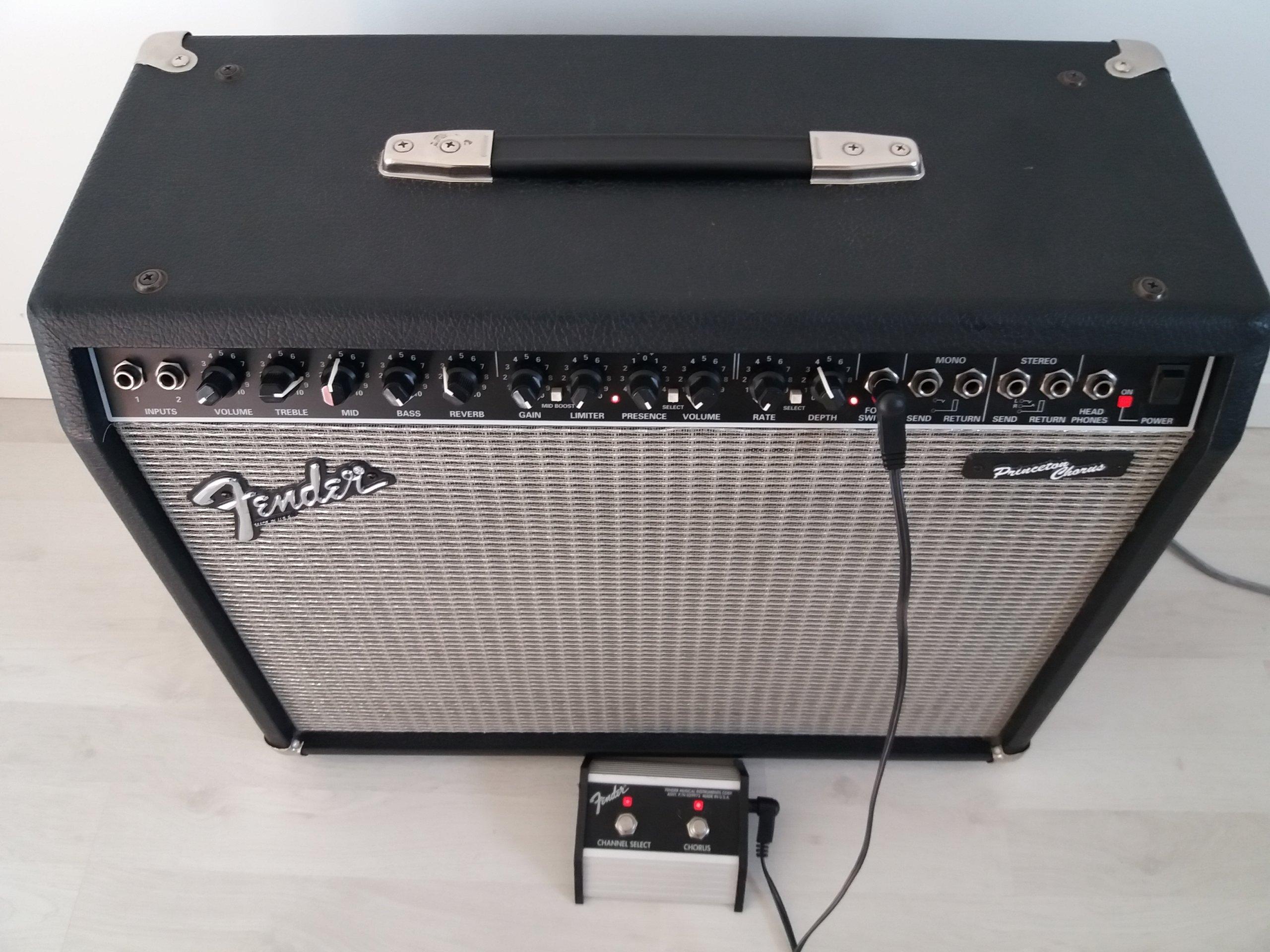 Fender Princeton Chorus piec gitarowy combo USA - 7256317768