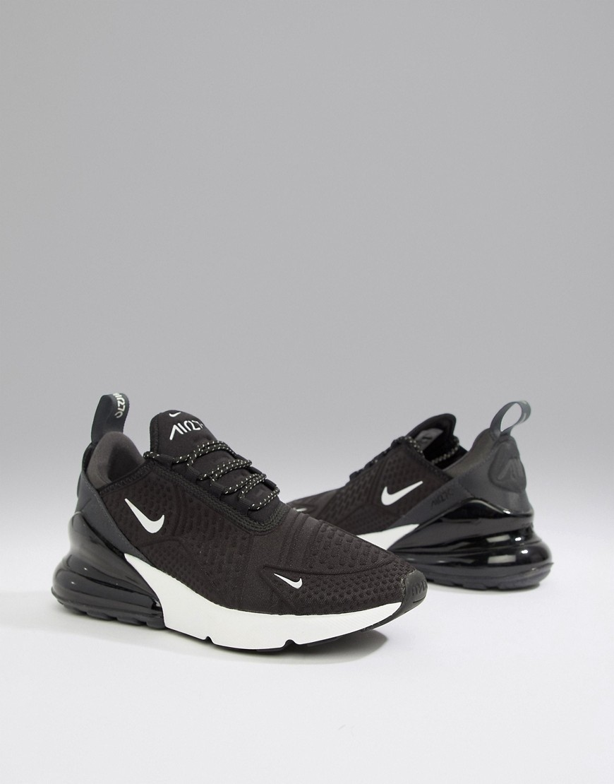 11C026 NIKE__XCE BUTY AIR MAX 270__40,5