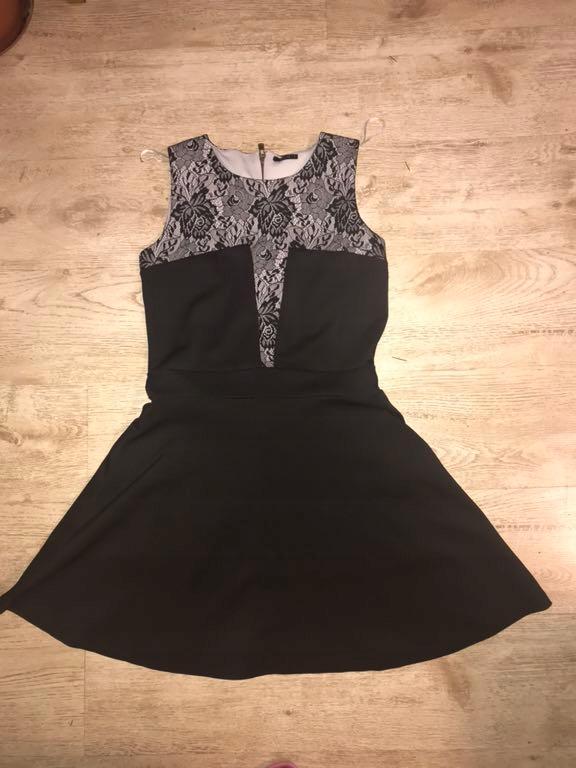 Sukienka wieczorowa Mohito czerń 40 (L)