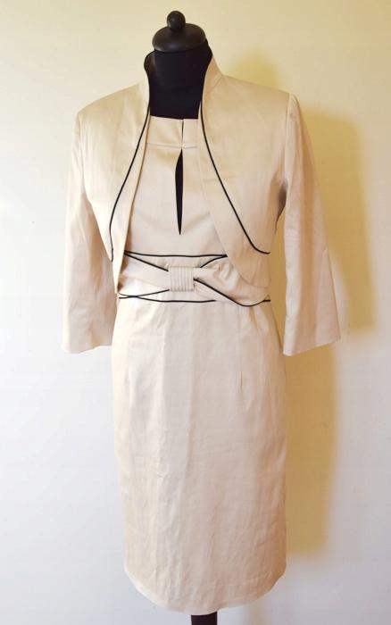 sukienka elegancka beżowa żakiet L