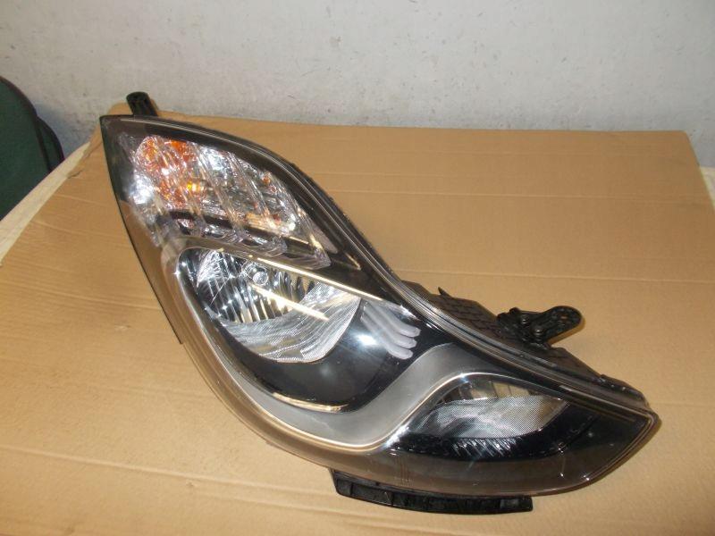 Hyundai Ix20 przednia prawa lampa