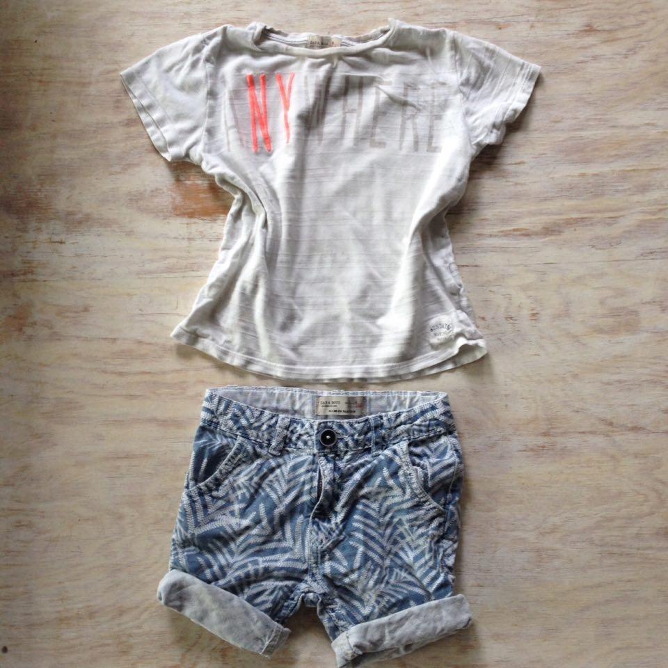 Szorty w plamy i biały T-shirt ZARA 104